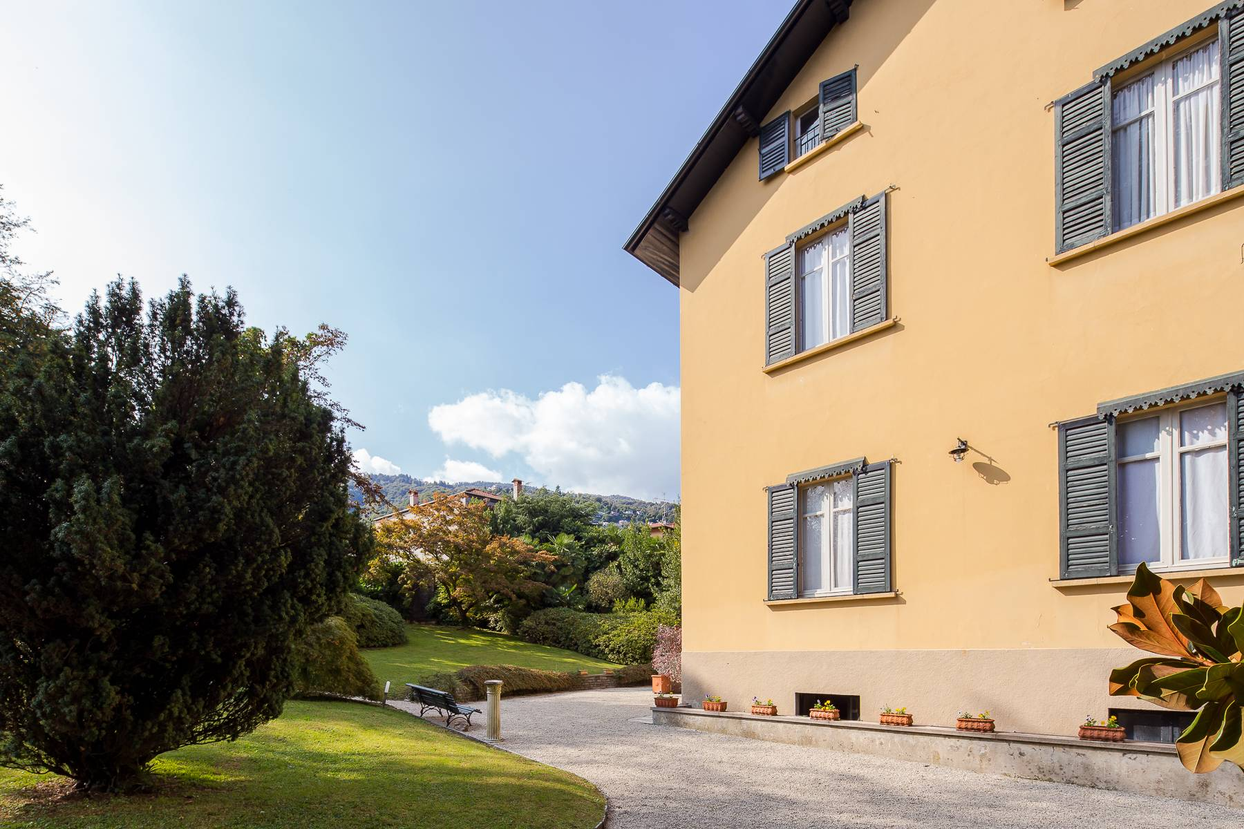 Splendide villa du début du XXè siècle dans le centre-ville de Stresa - 31