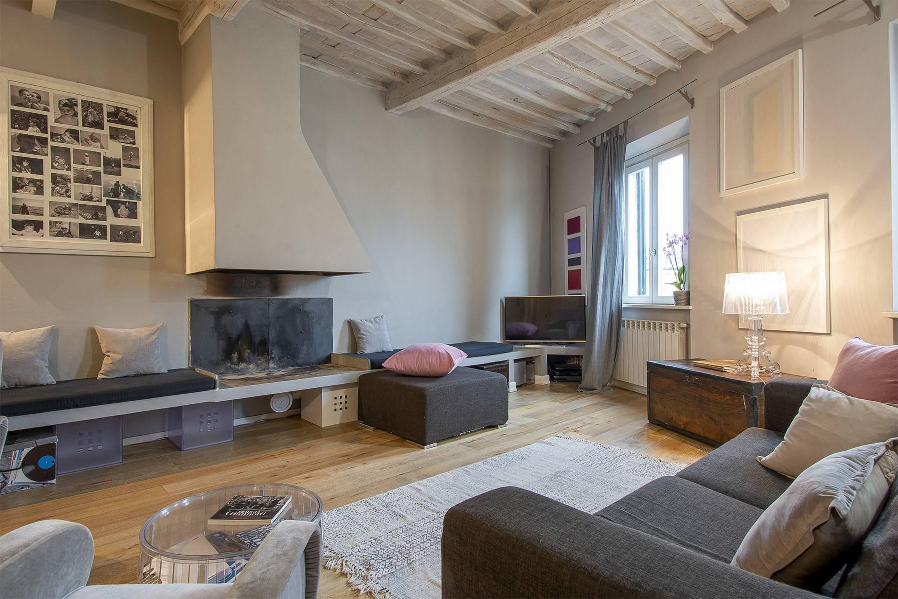 Elegant restored apartment in Borgo Giannotti - 3