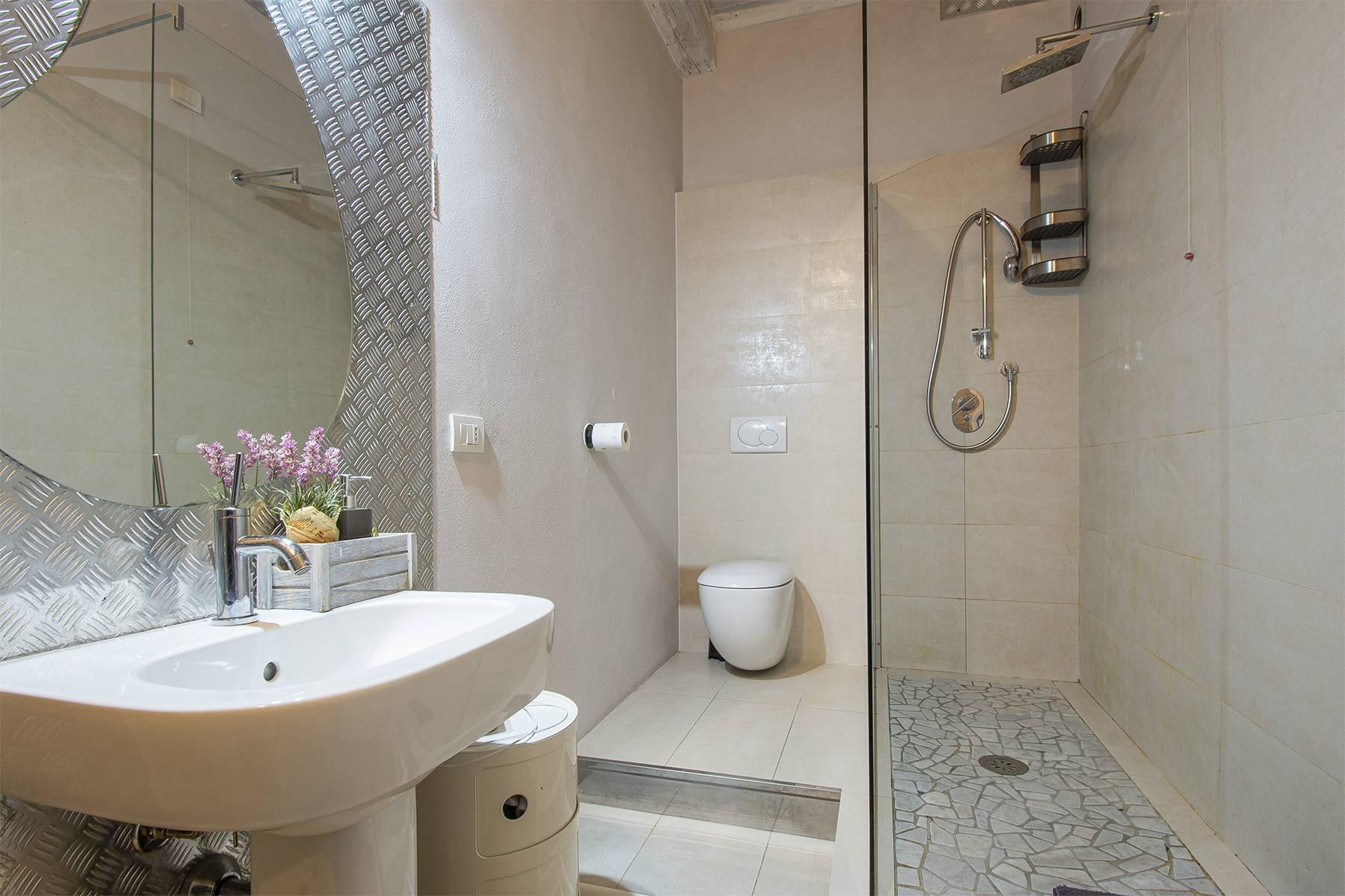 Elegant restored apartment in Borgo Giannotti - 15