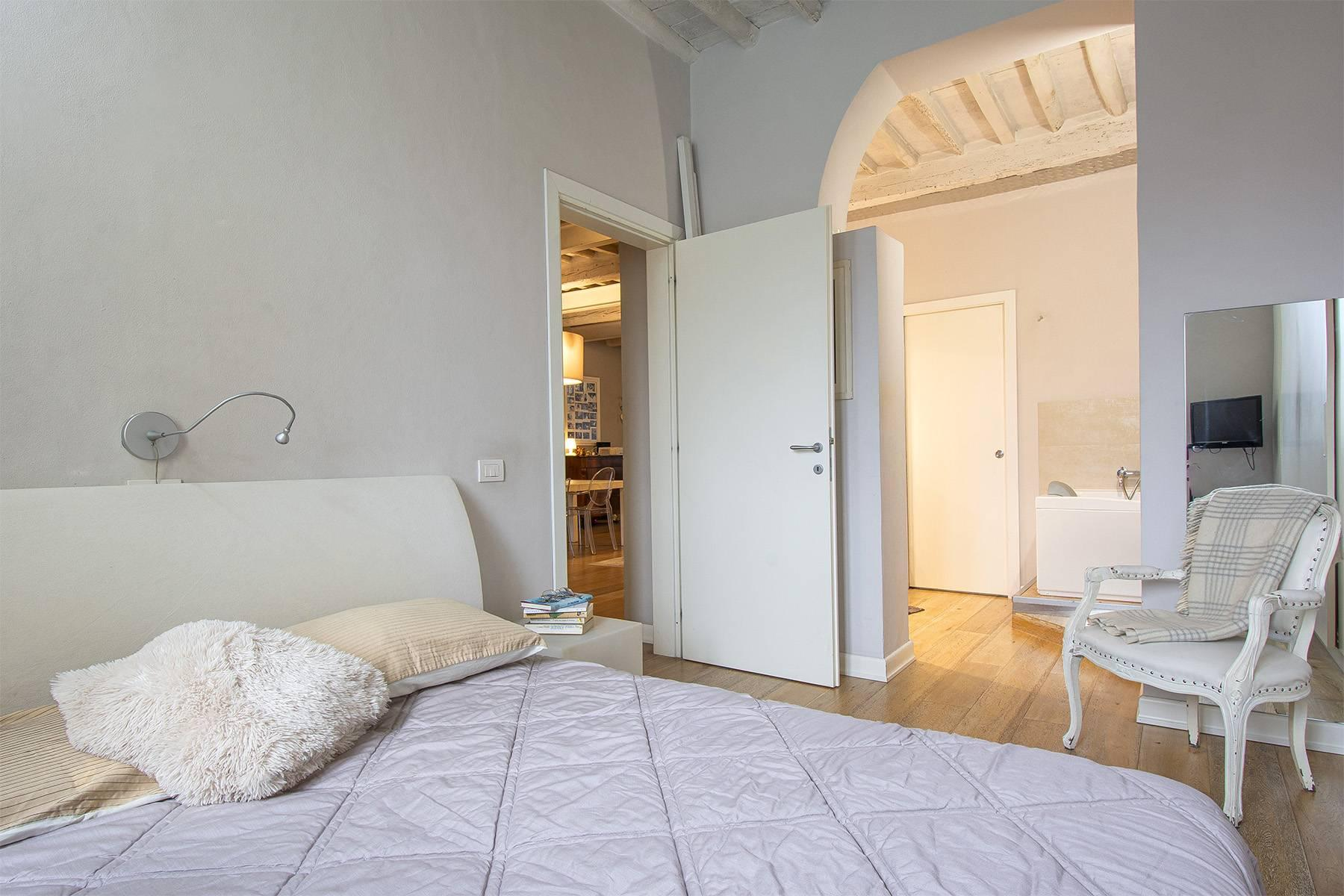 Elegant restored apartment in Borgo Giannotti - 19