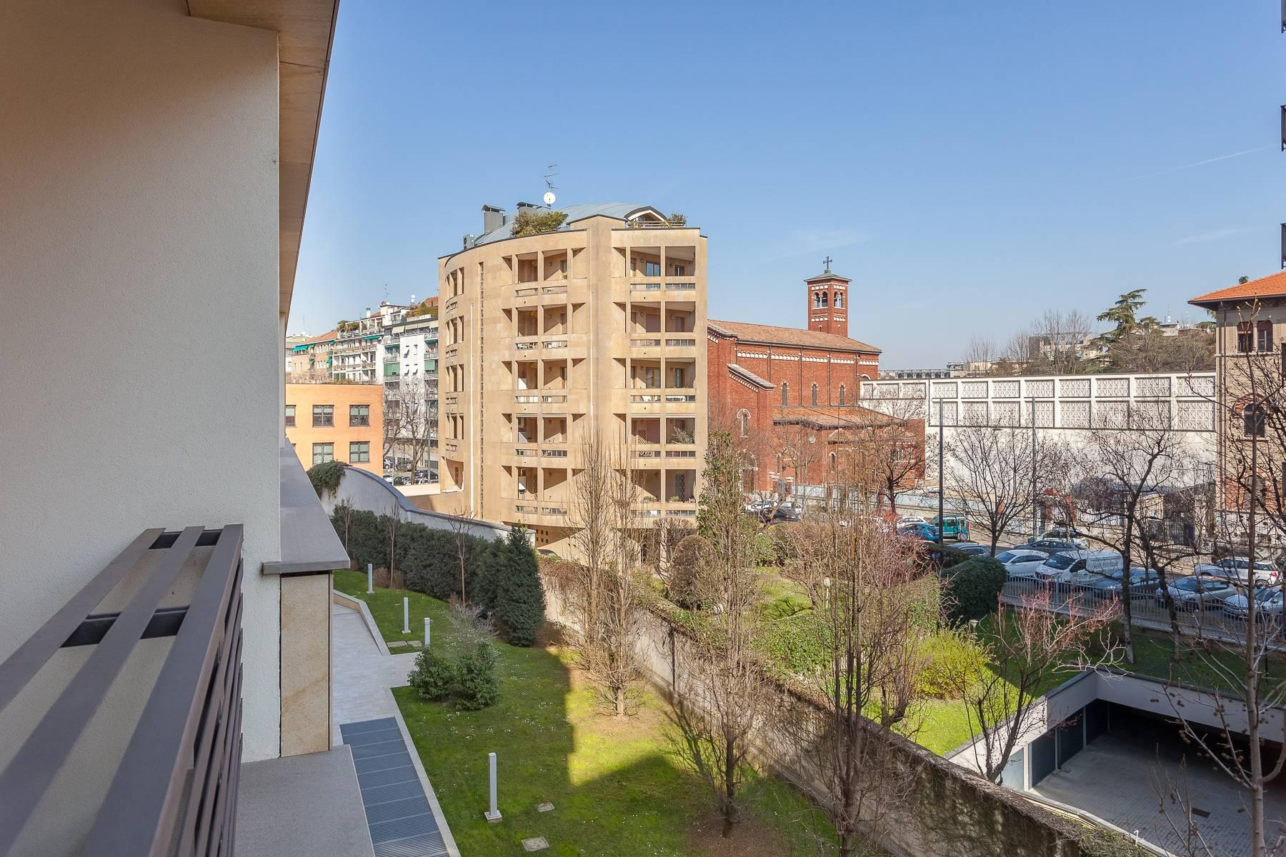Elegant apartment in a newly-built residence in Via Giovanni Papini - 17