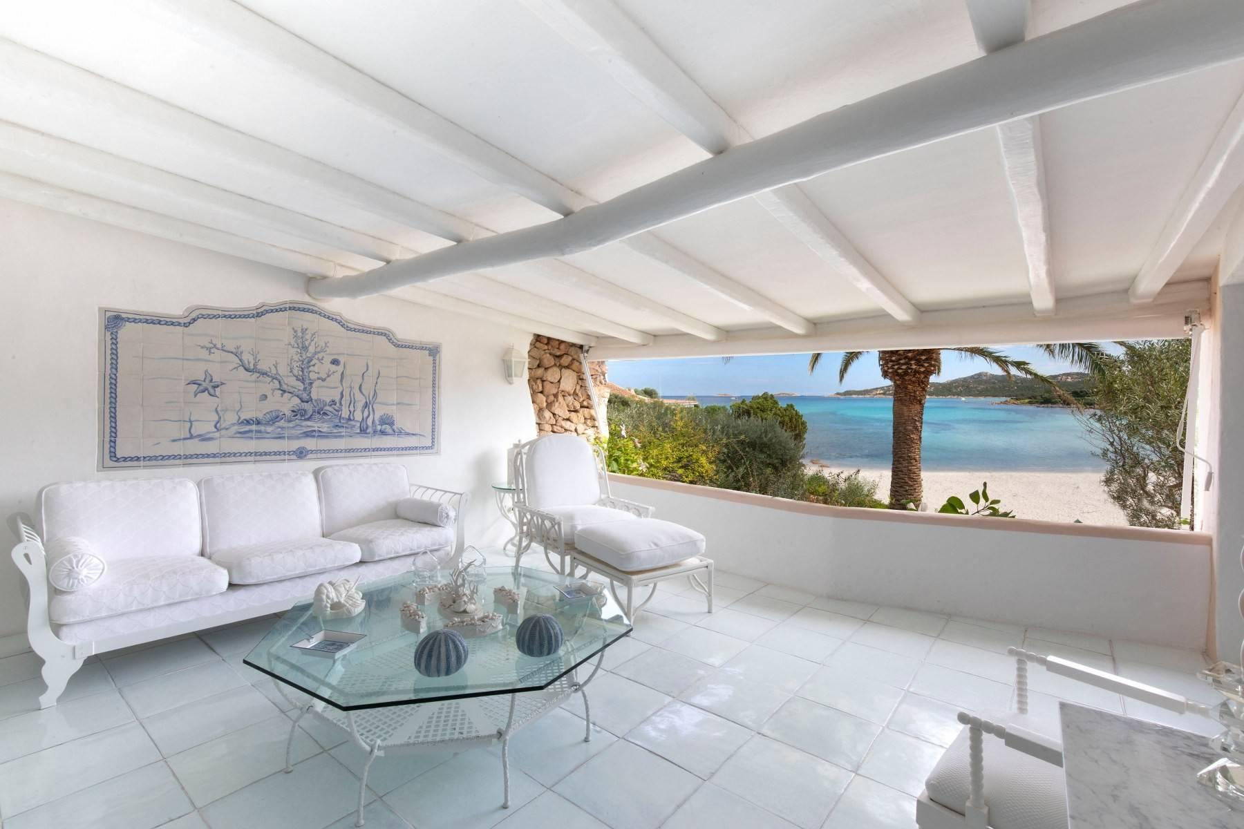 Piccolo Pevero, first-row apartment with access to the beach - 1