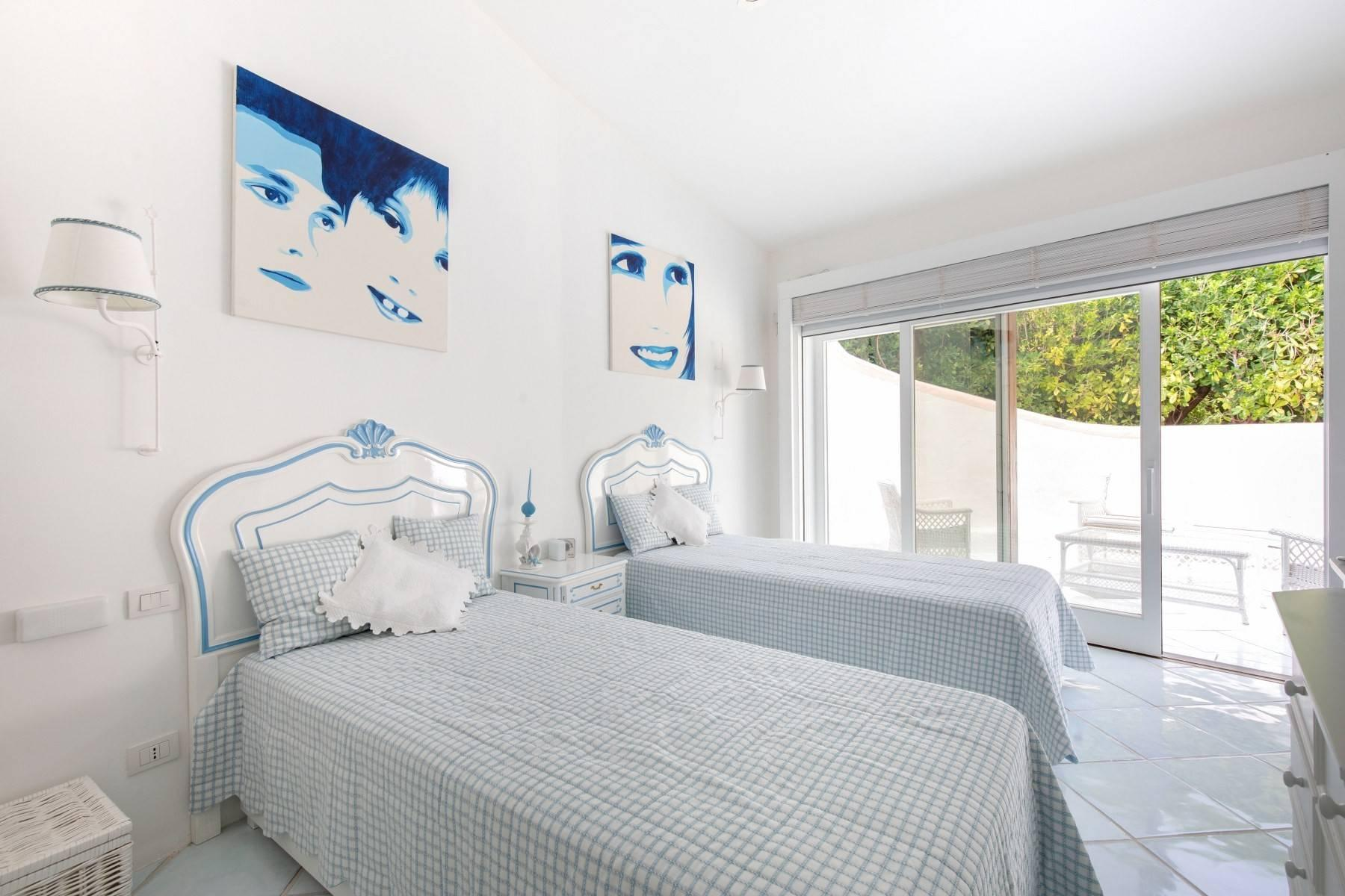 Piccolo Pevero, first-row apartment with access to the beach - 21