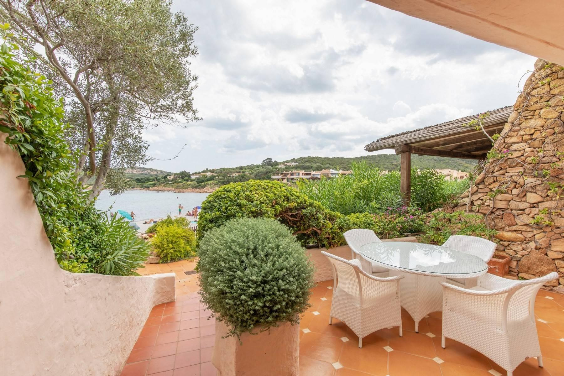 Piccolo Pevero, first-row apartment with access to the beach - 5