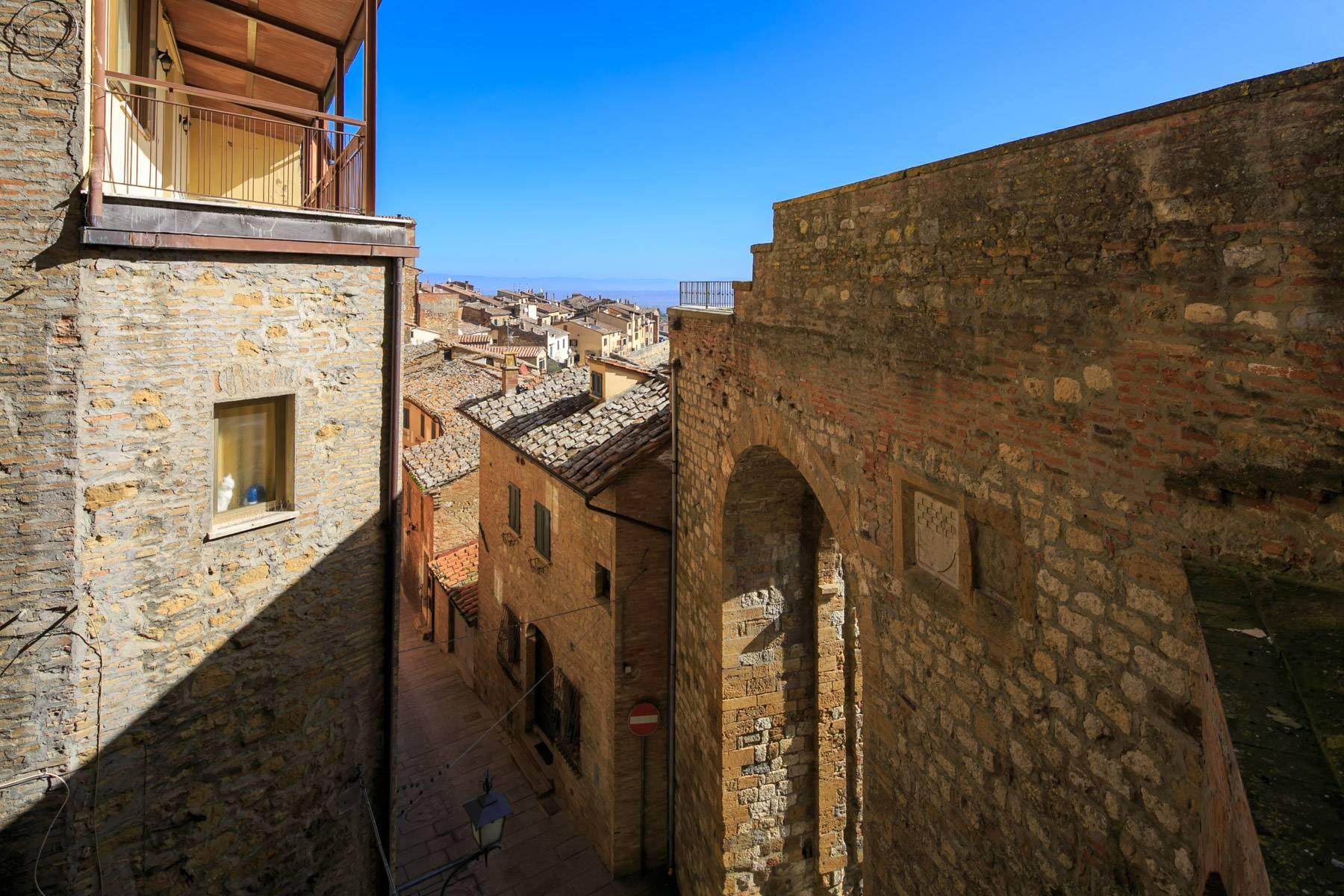 Intriguing apartment in the heart of Montepulciano - 23