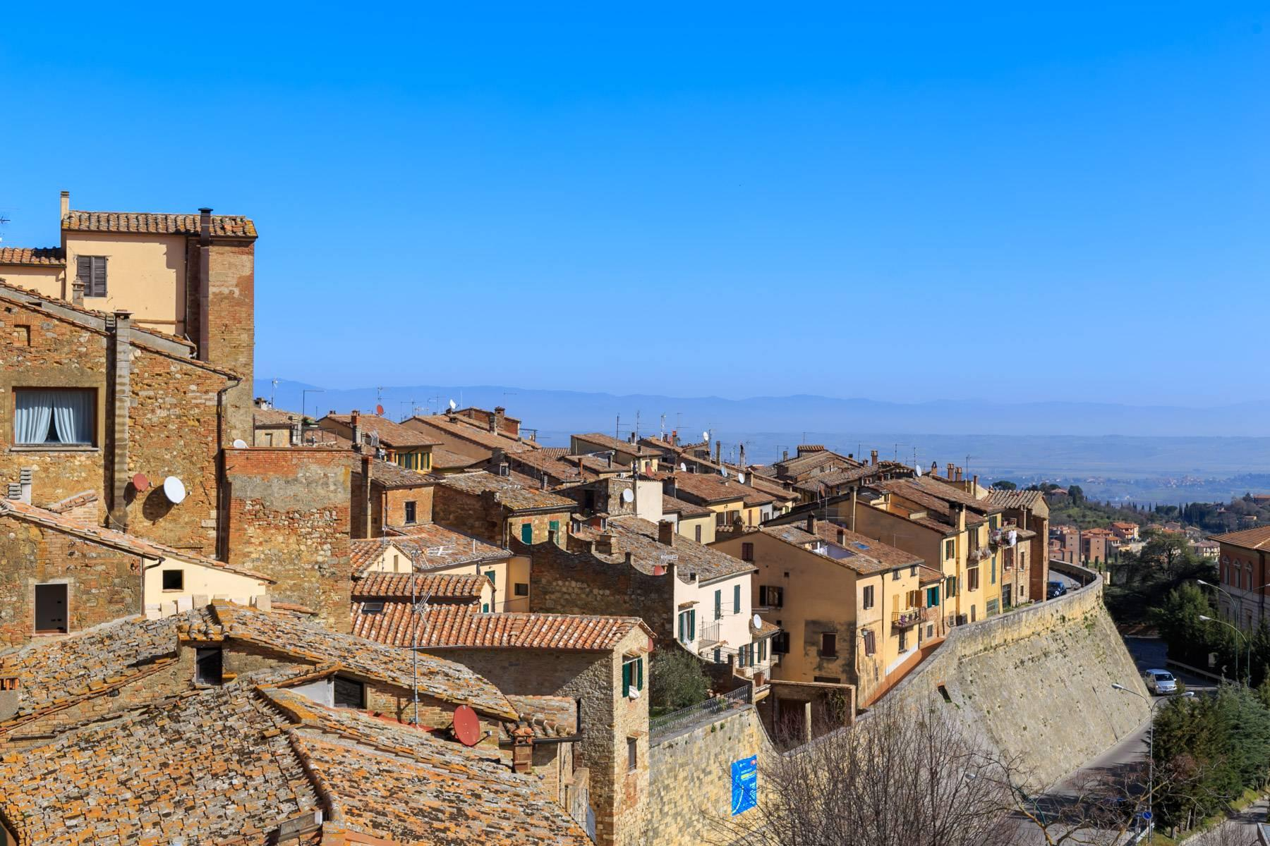 Intriguing apartment in the heart of Montepulciano - 25