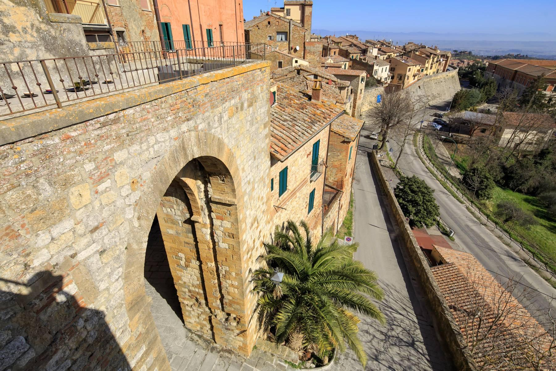 Intriguing apartment in the heart of Montepulciano - 22