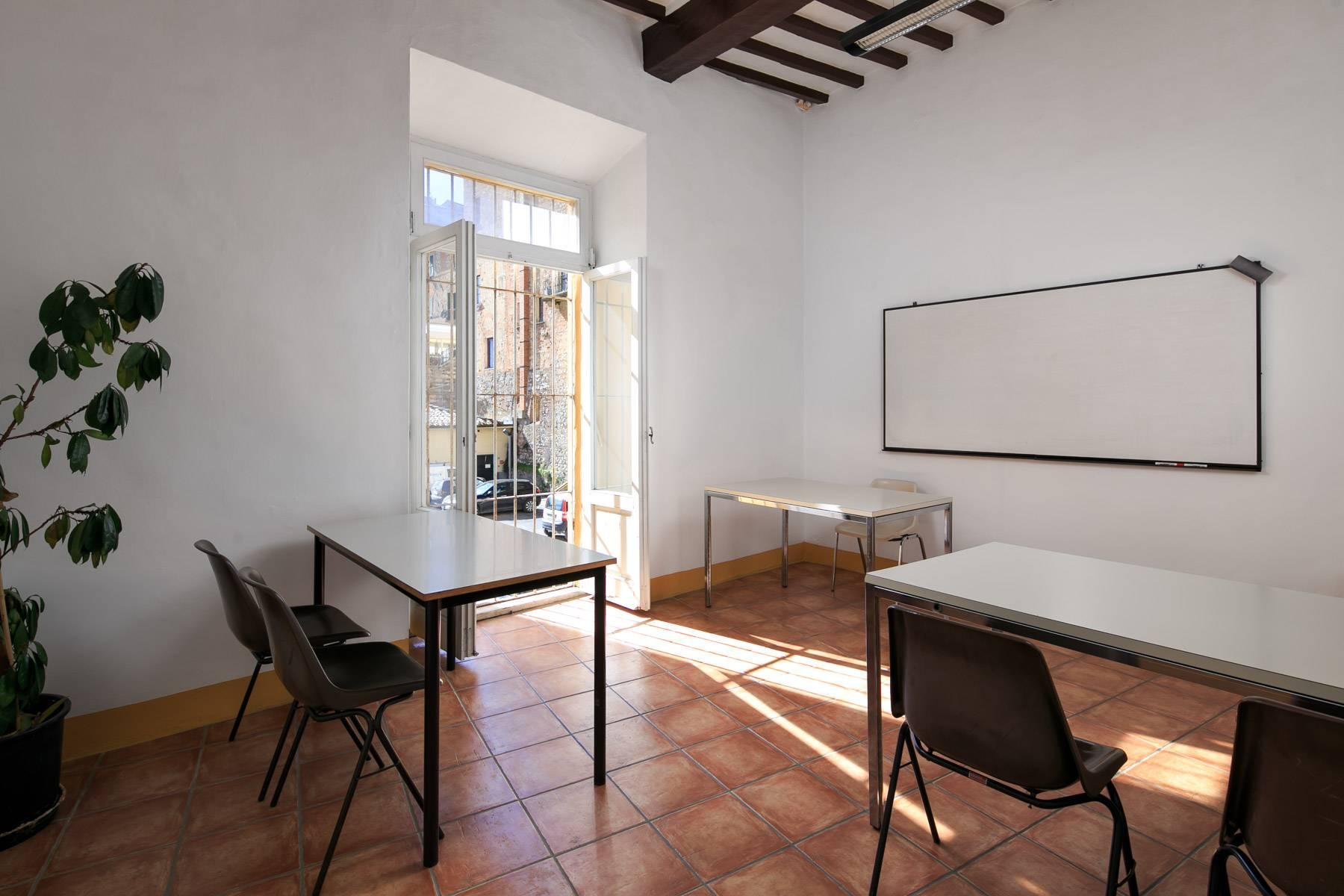 Intriguing apartment in the heart of Montepulciano - 17