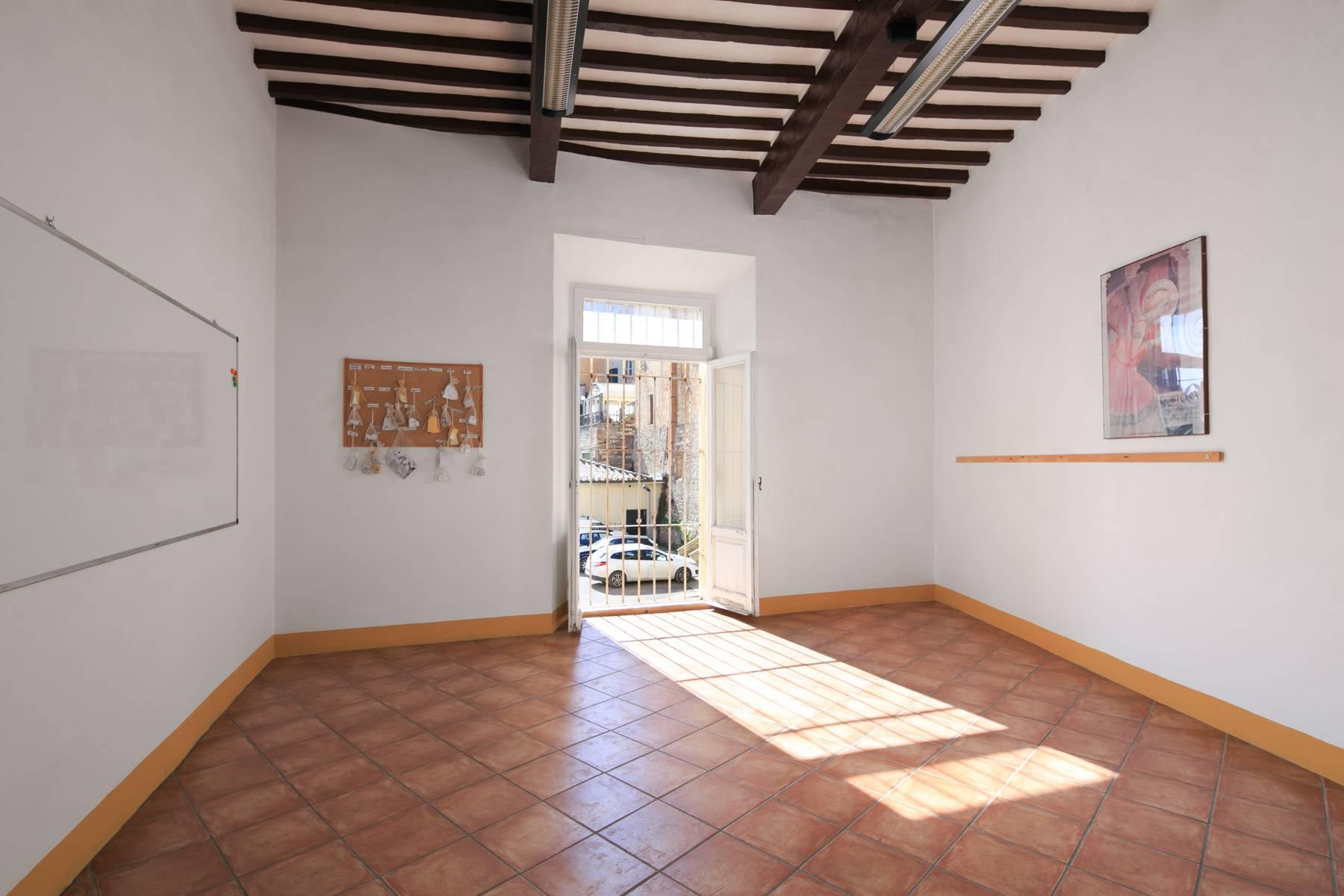 Intriguing apartment in the heart of Montepulciano - 13
