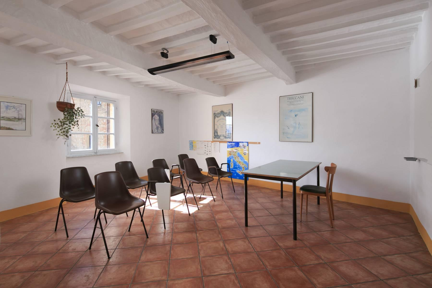 Intriguing apartment in the heart of Montepulciano - 19