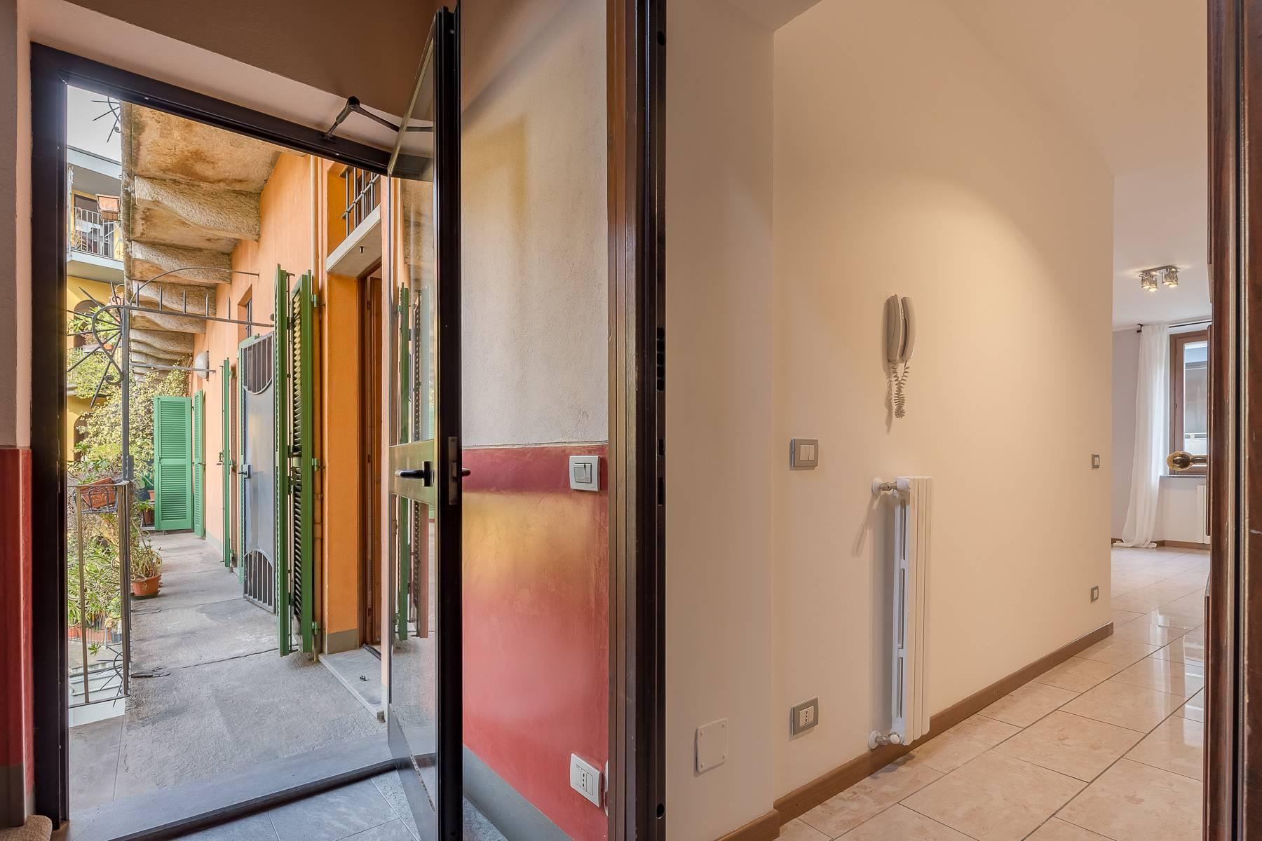 Lovely three-bedroom apartment in Corso Como - 3