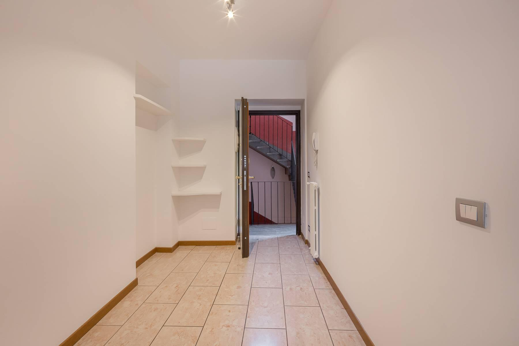 Lovely three-bedroom apartment in Corso Como - 4