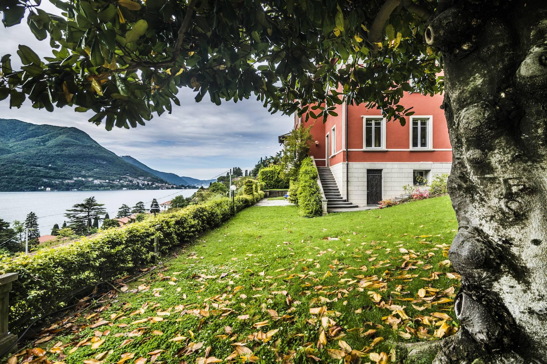 Splendid period villa with breathtaking lake views - 4
