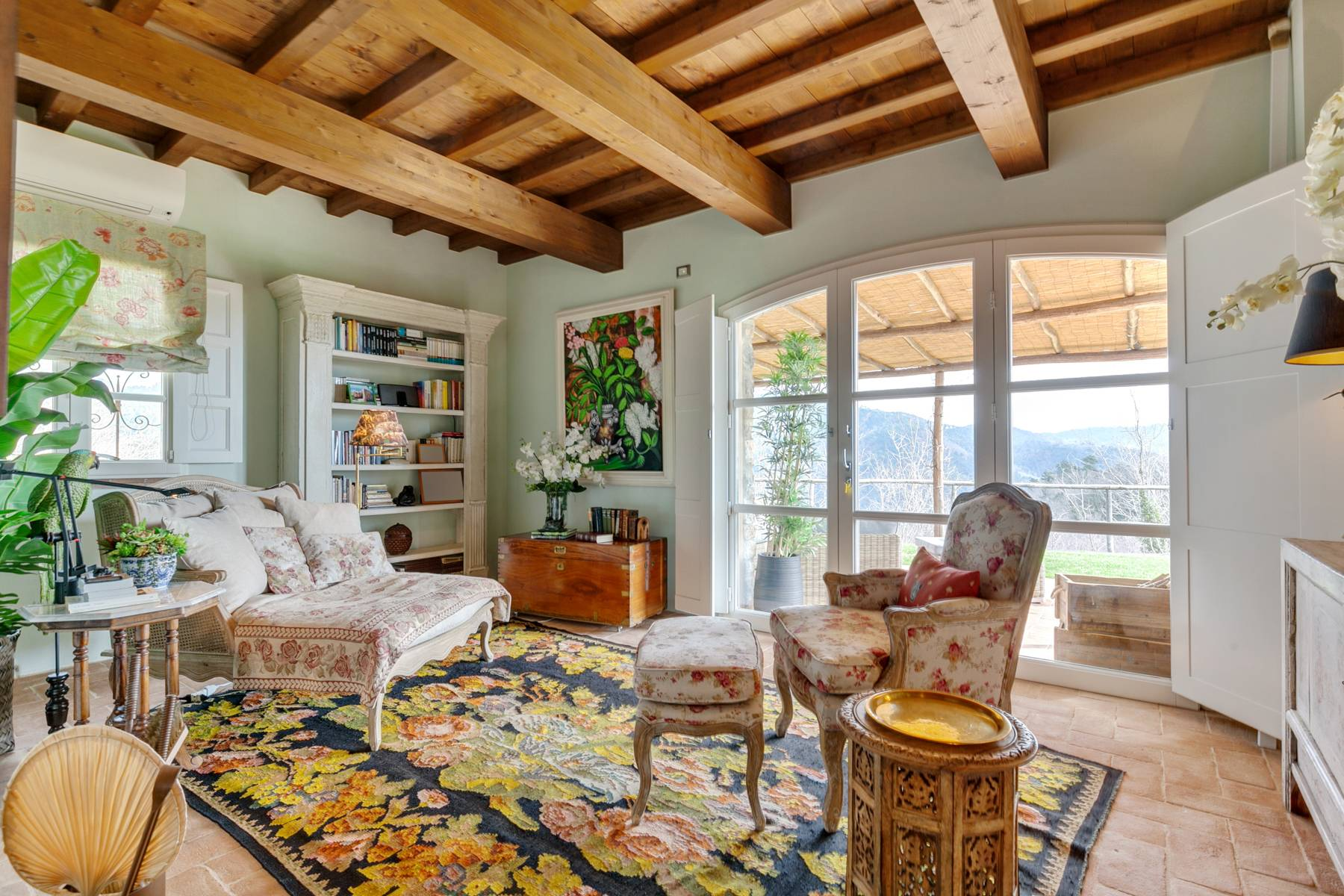 Charming villa on the hills around Lucca - 7
