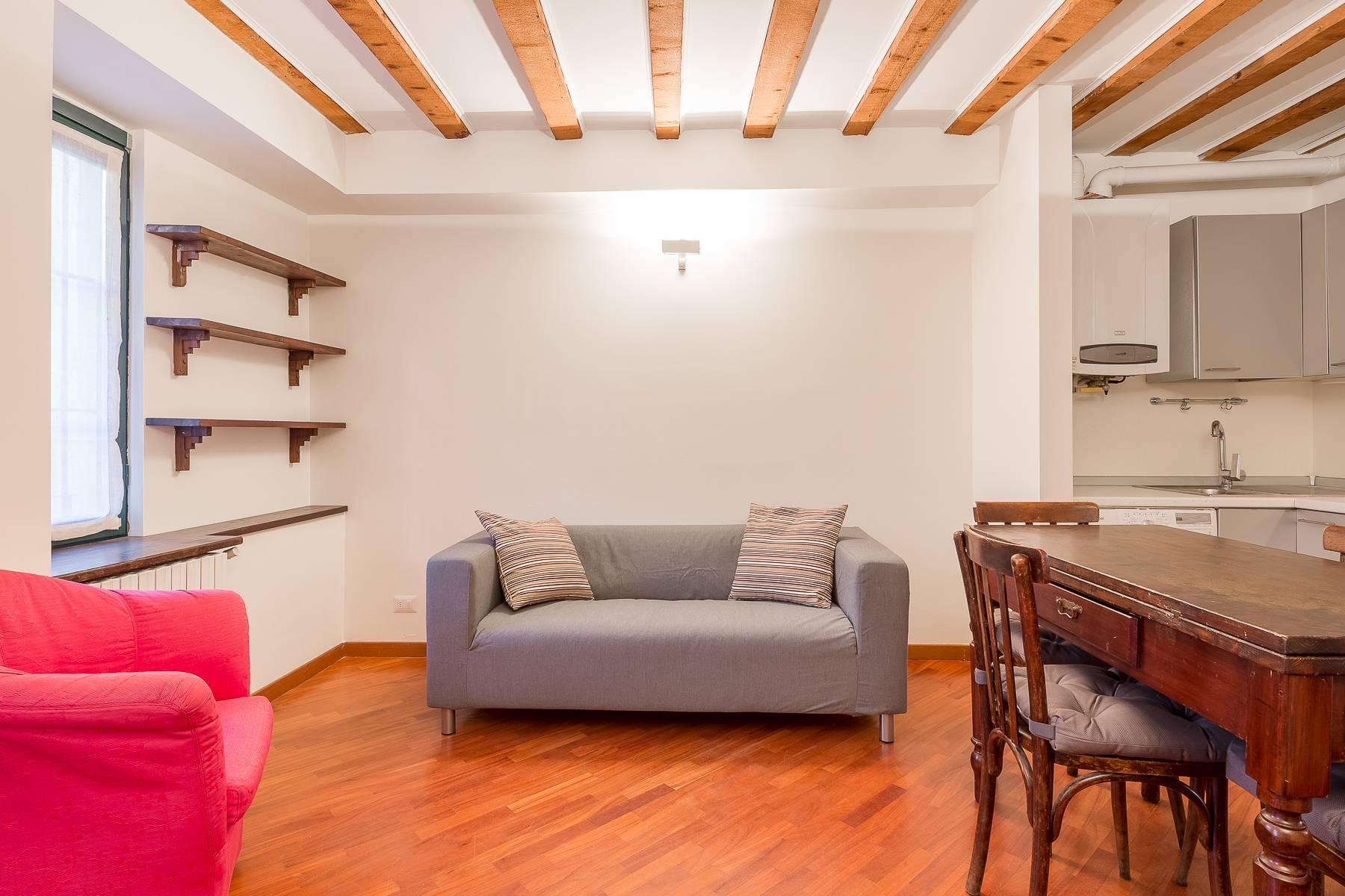 Renovierte Zwei-zimmer wohnung im Stadtviertel Navigli - 1