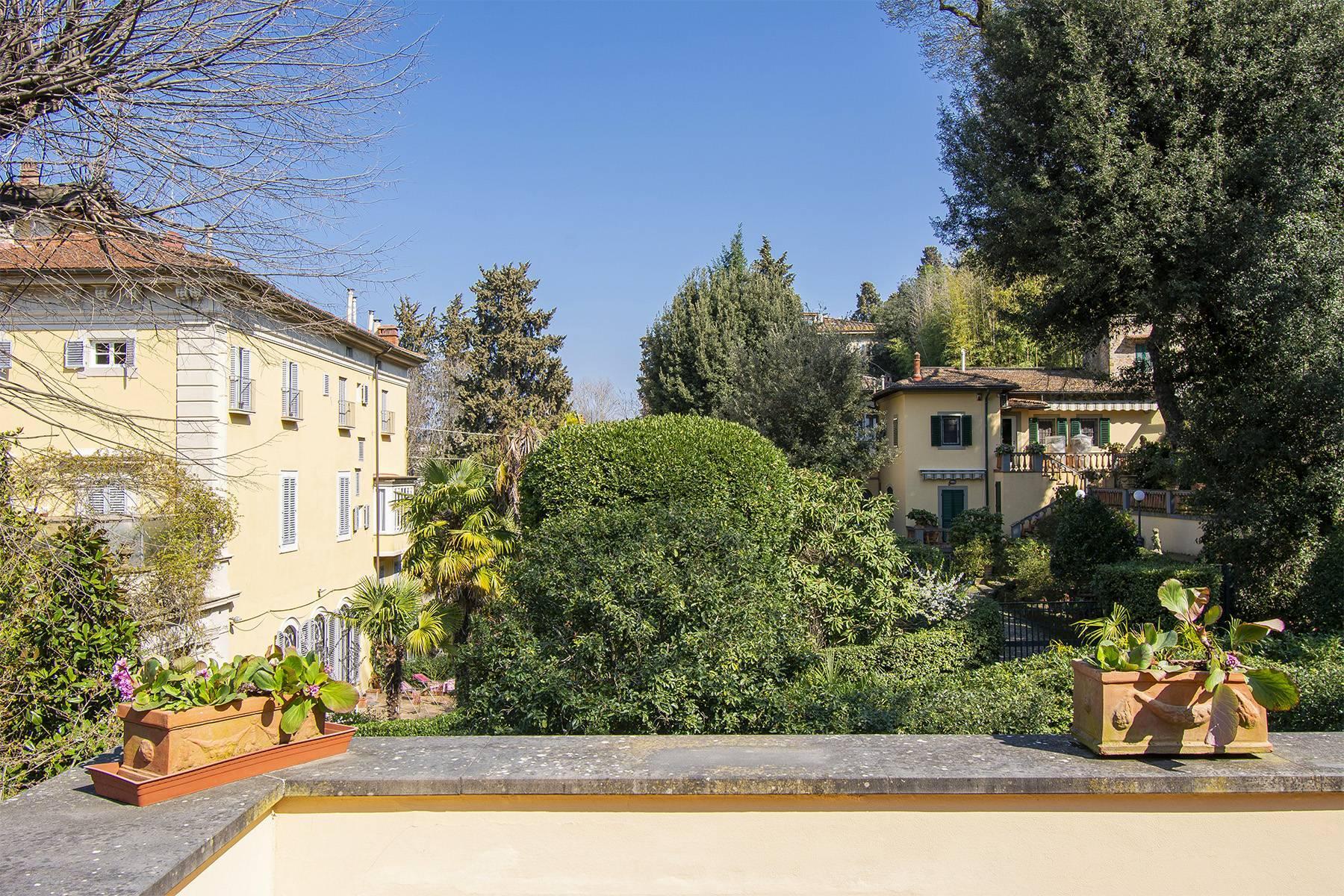 Très bel appartement rénové avec terrace près du Jardin de Boboli et de Poggio Imperiale - 4