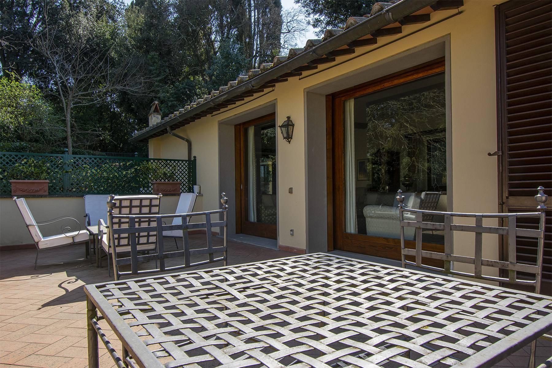 Très bel appartement rénové avec terrace près du Jardin de Boboli et de Poggio Imperiale - 2