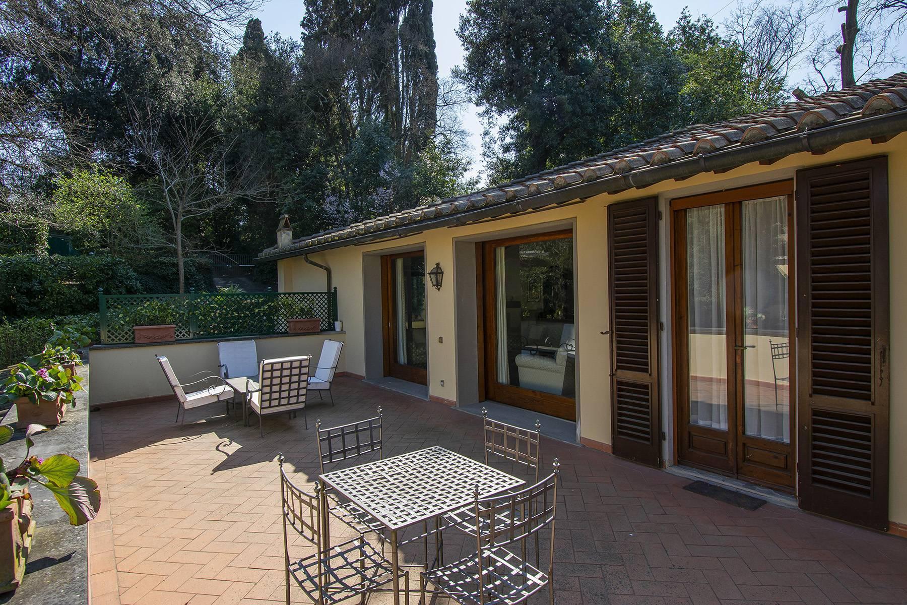 Très bel appartement rénové avec terrace près du Jardin de Boboli et de Poggio Imperiale - 3