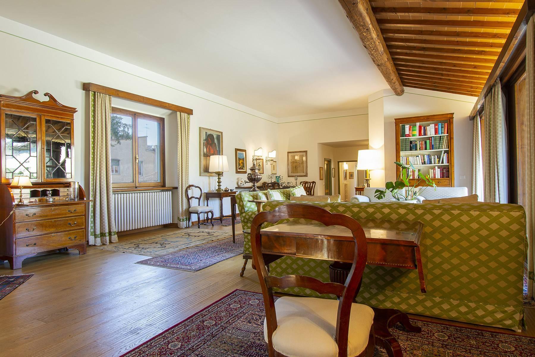 Très bel appartement rénové avec terrace près du Jardin de Boboli et de Poggio Imperiale - 8