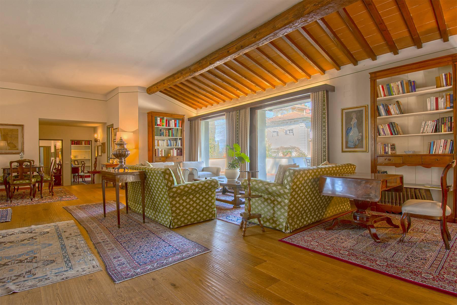 Très bel appartement rénové avec terrace près du Jardin de Boboli et de Poggio Imperiale - 11