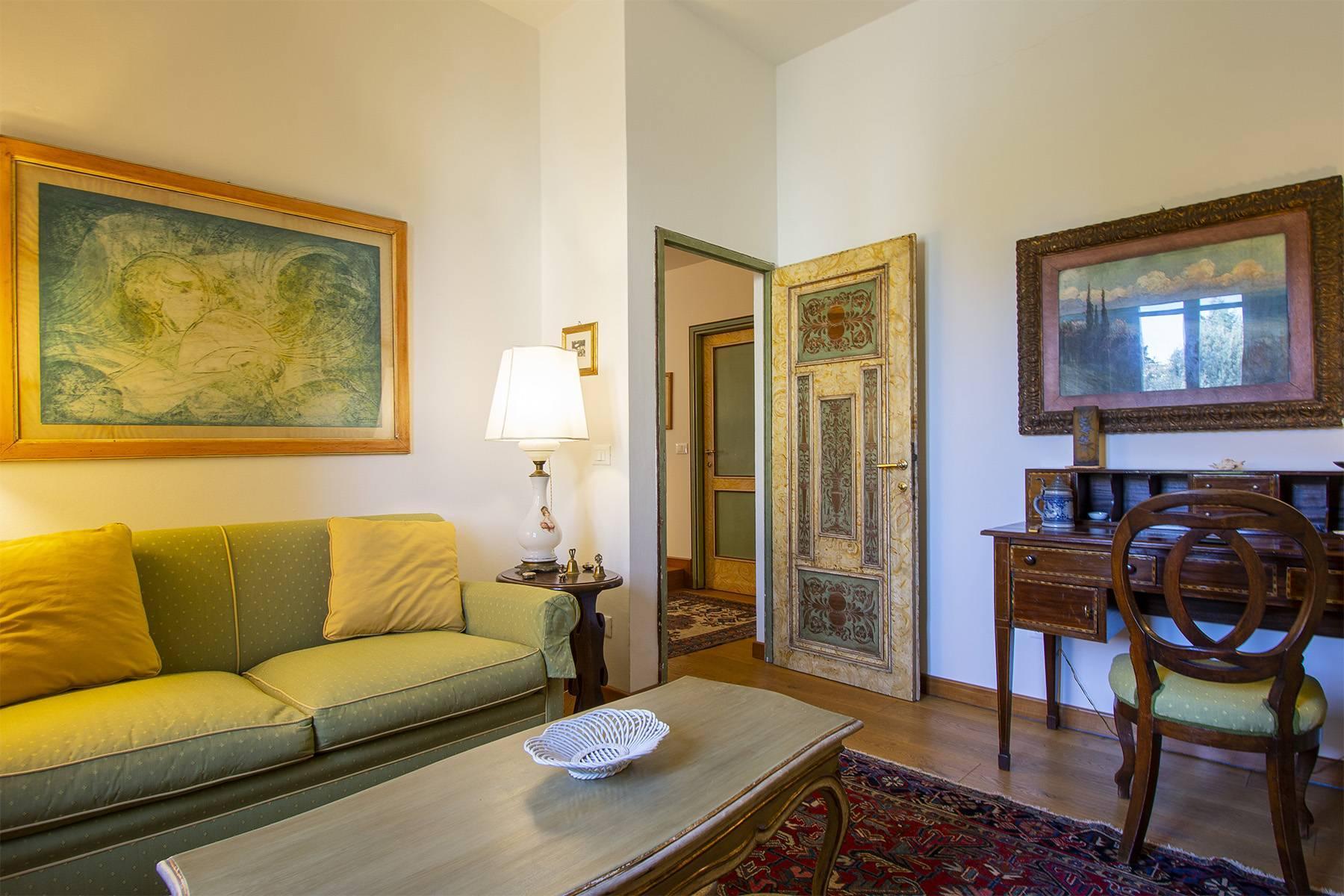Très bel appartement rénové avec terrace près du Jardin de Boboli et de Poggio Imperiale - 17