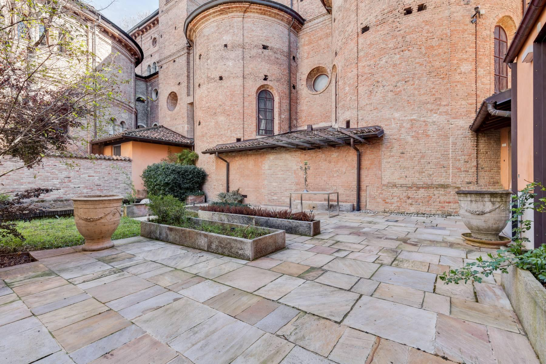Prestigious detached house in the historic center of Piacenza - 33