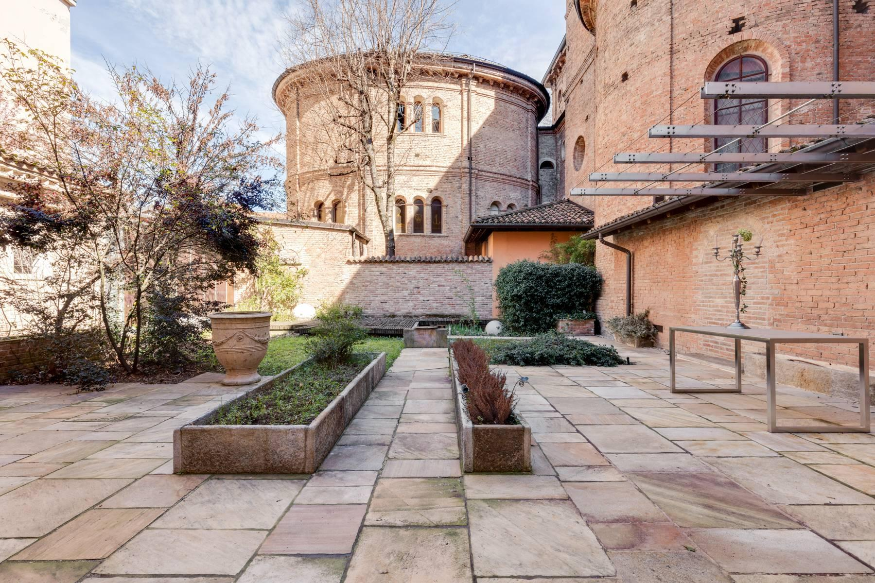 Prestigious detached house in the historic center of Piacenza - 34