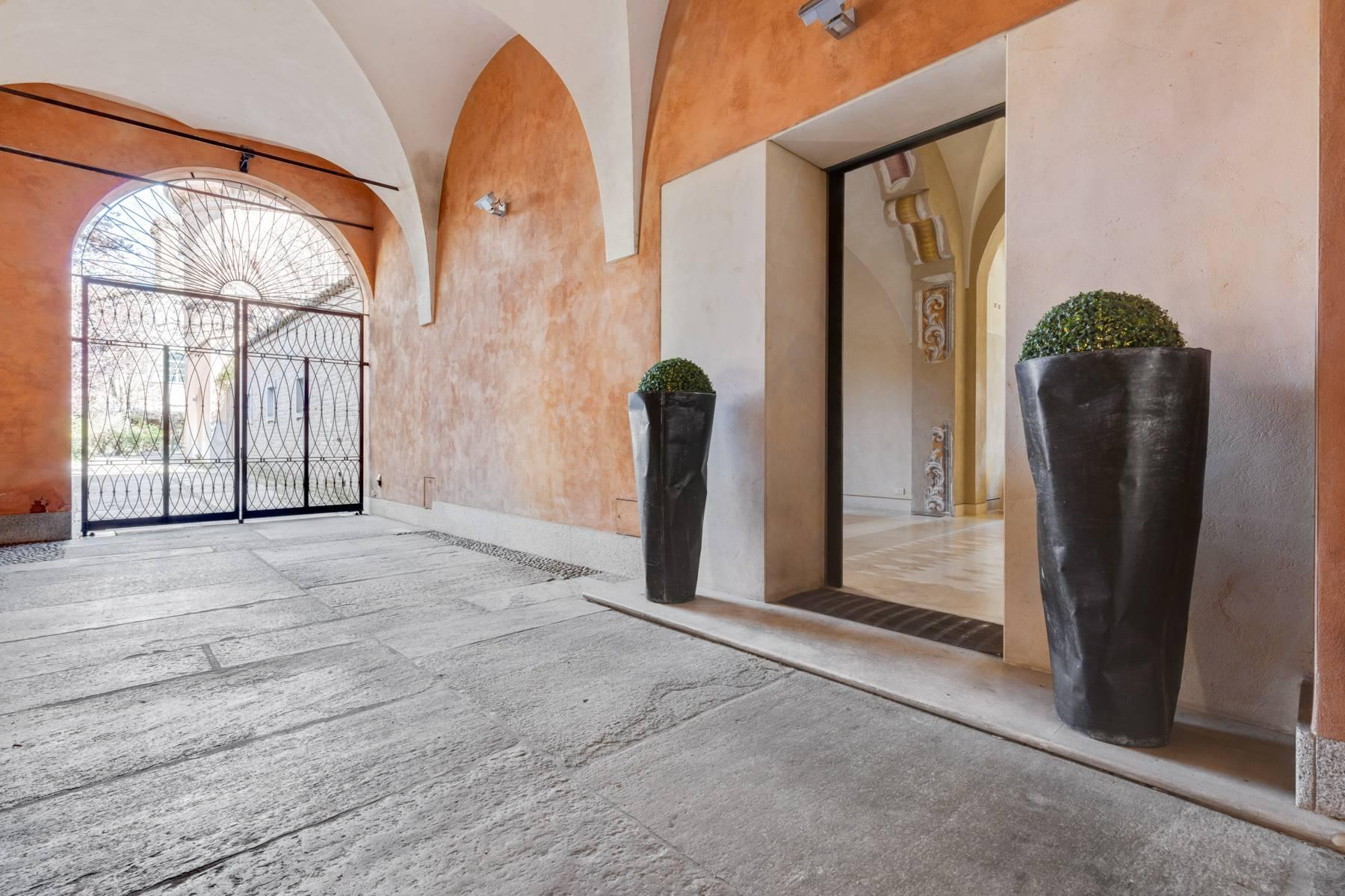 Prestigious detached house in the historic center of Piacenza - 32