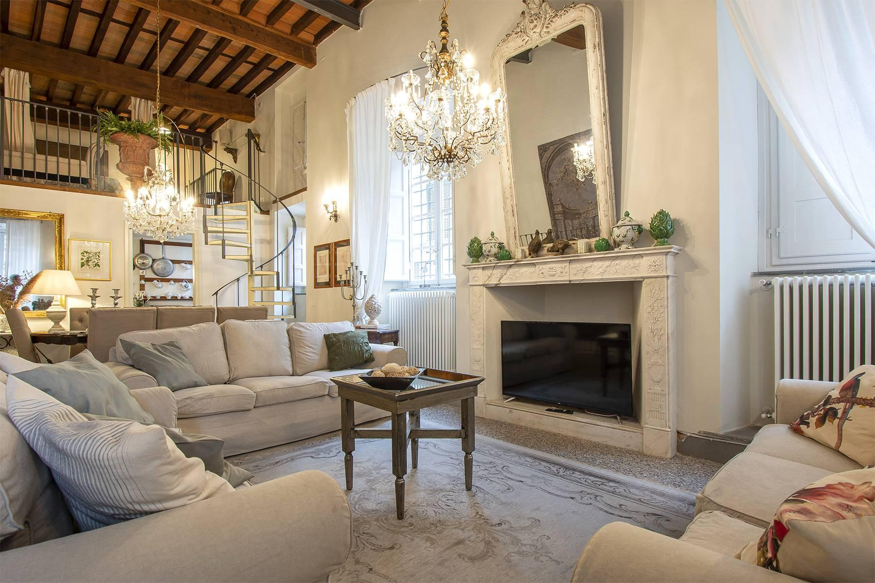 Exclusive apartment in the heart of Lucca - 3