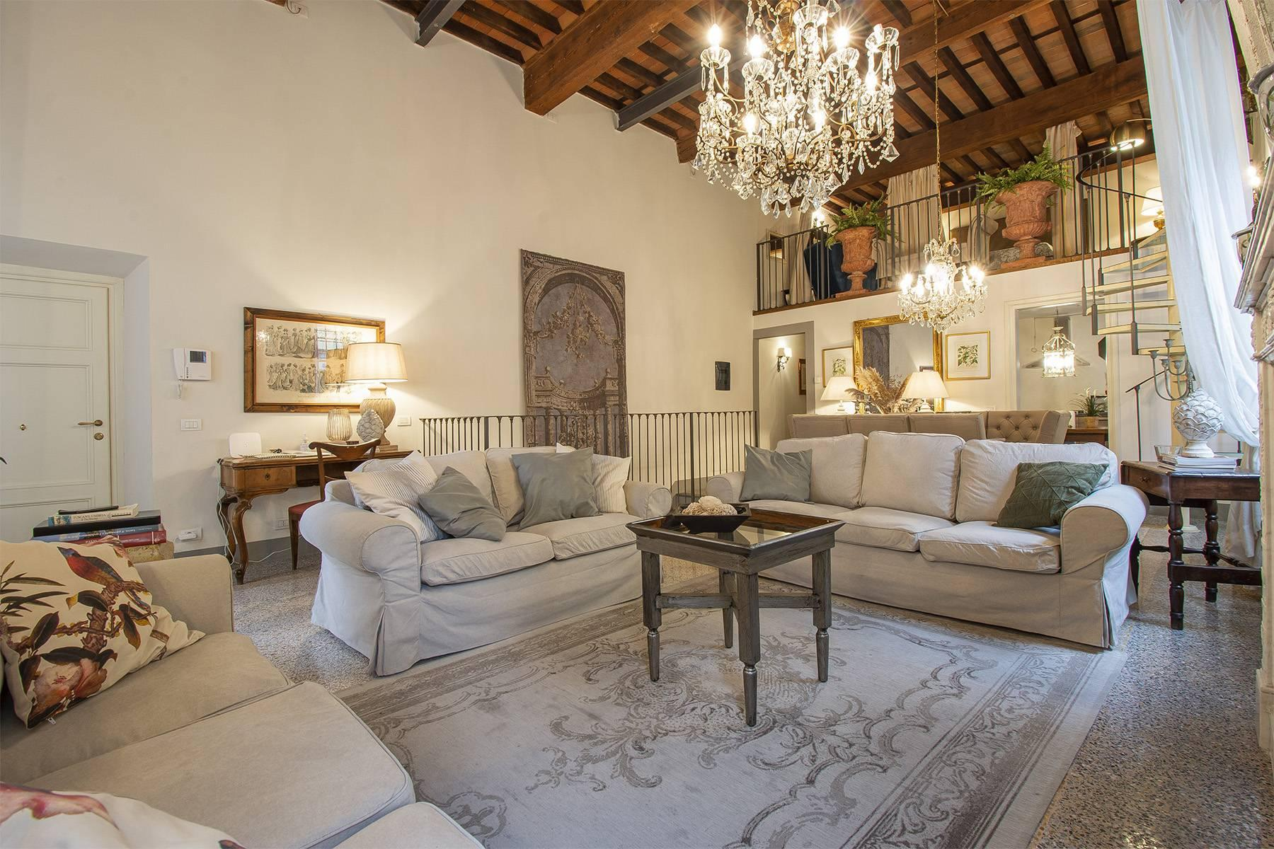 Exclusive apartment in the heart of Lucca - 1