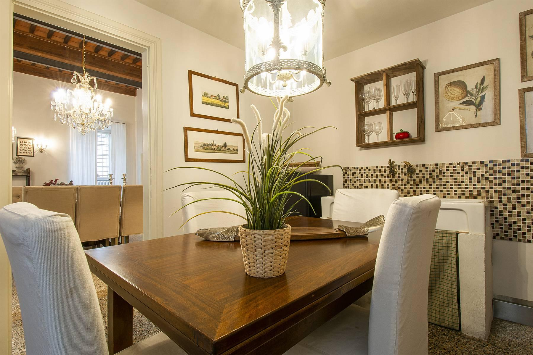 Exclusive apartment in the heart of Lucca - 8