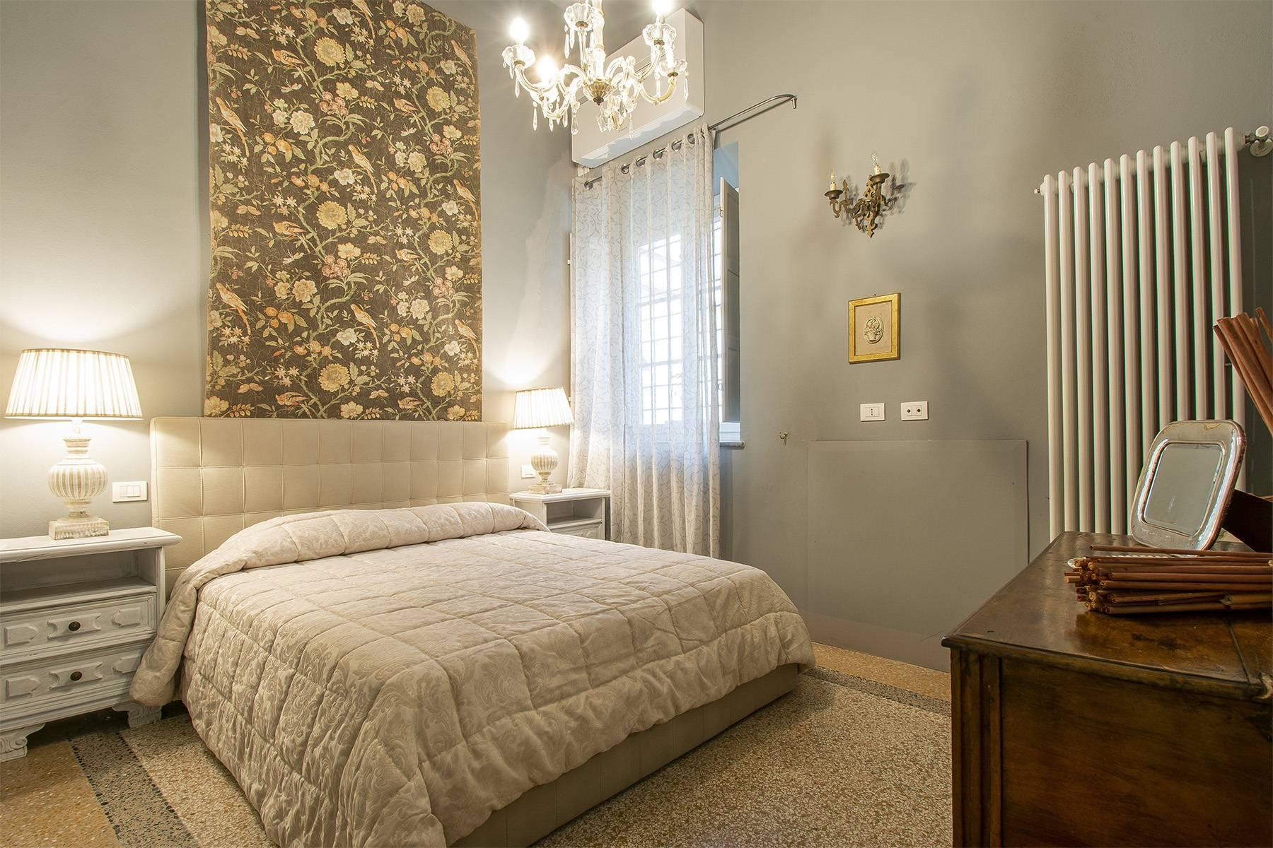 Exclusive apartment in the heart of Lucca - 13