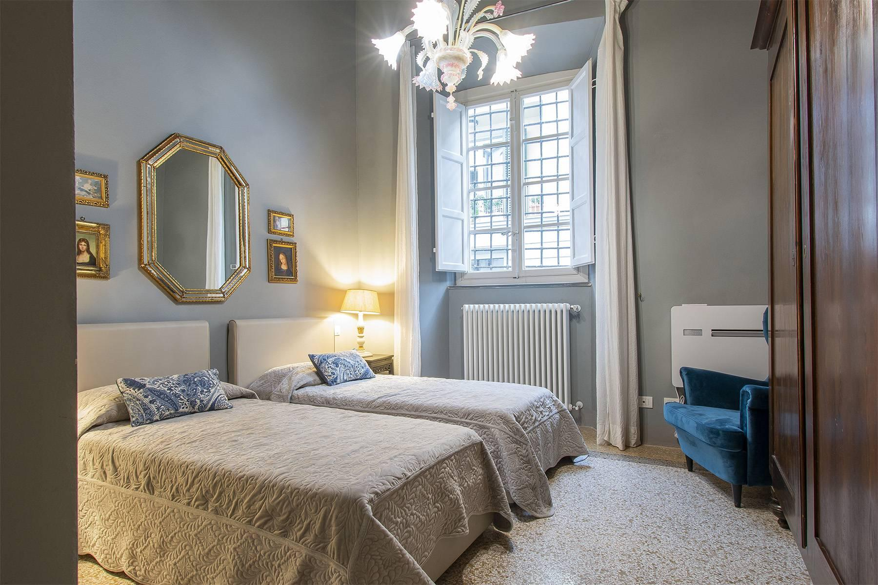 Exclusive apartment in the heart of Lucca - 12