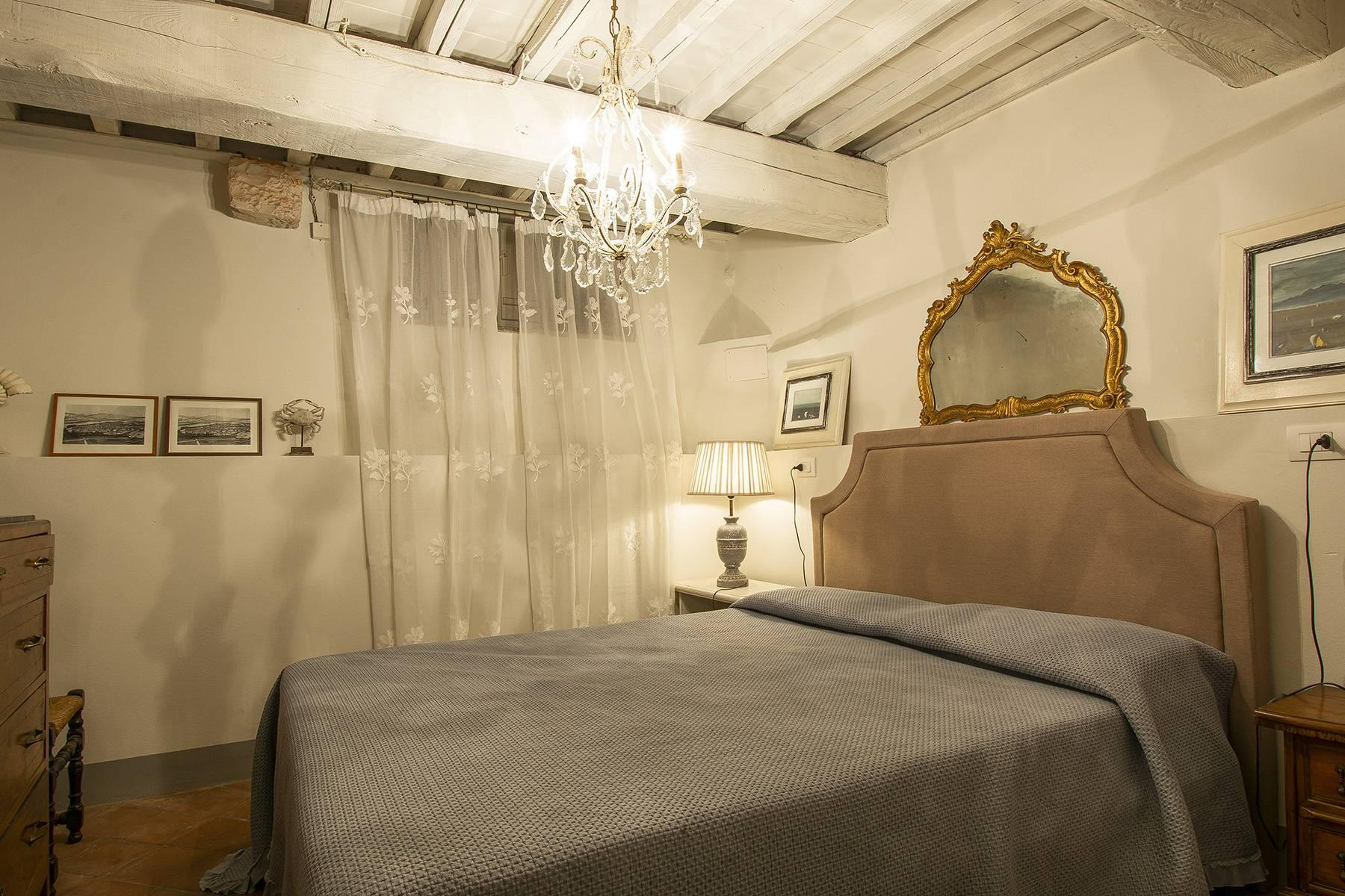 Exclusive apartment in the heart of Lucca - 9