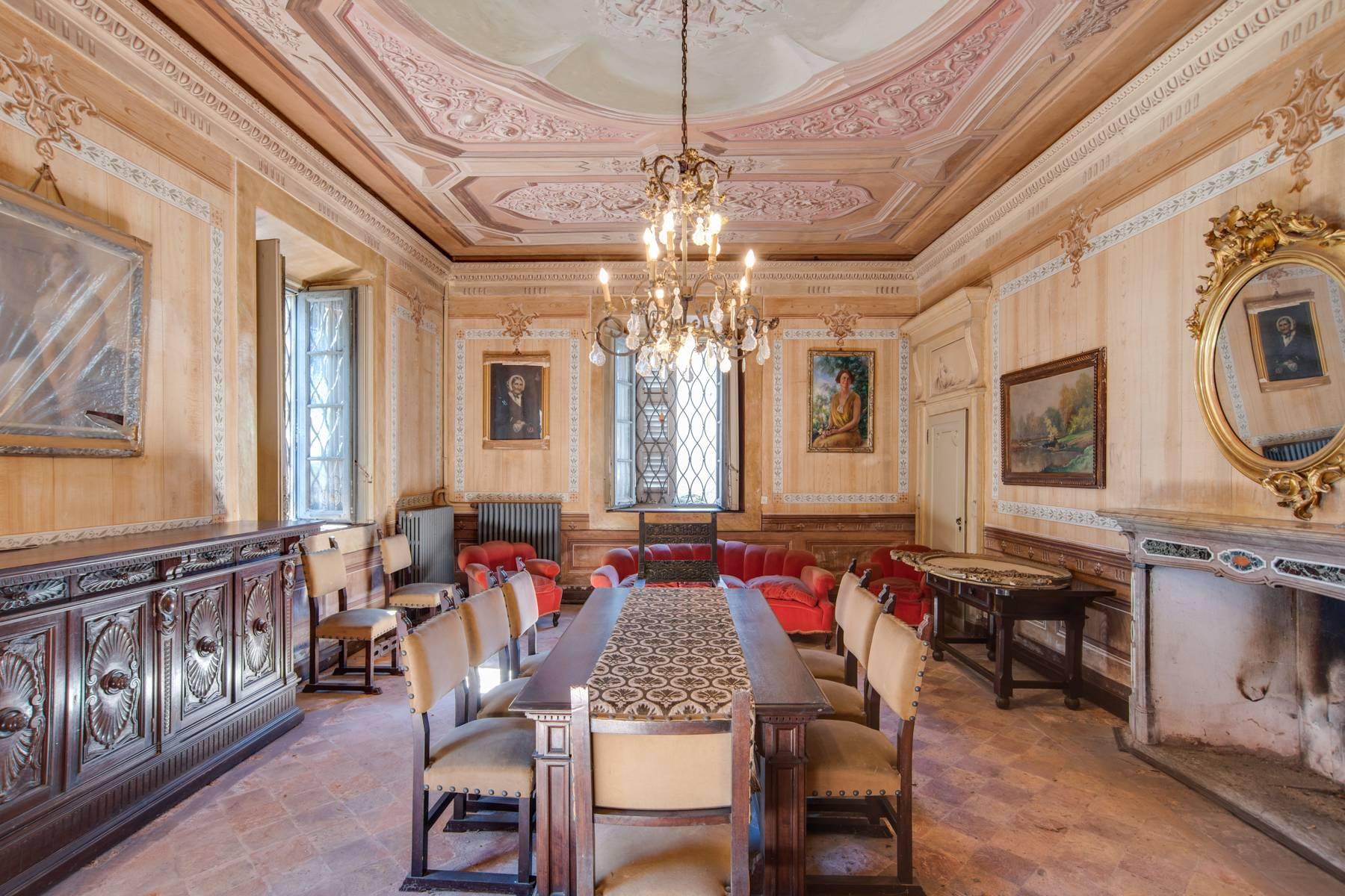 Historic villa with large park - 11