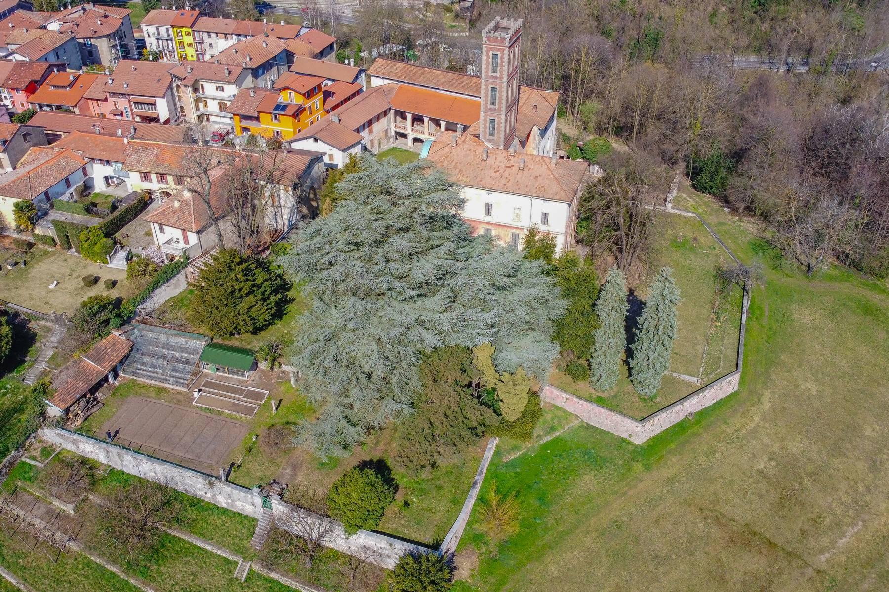 Historic villa with large park - 19
