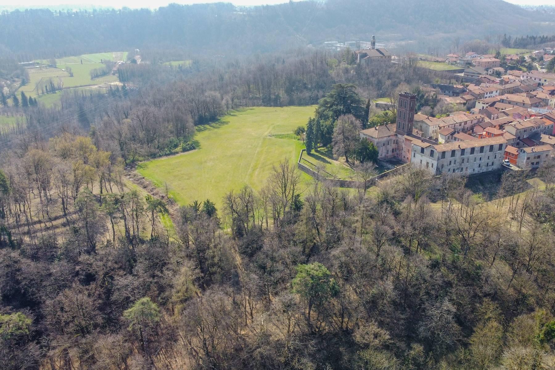 Historic villa with large park - 21