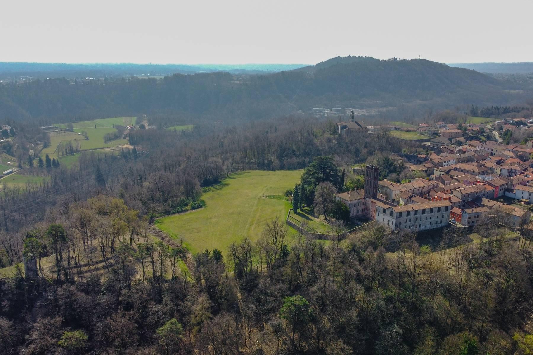 Historic villa with large park - 13