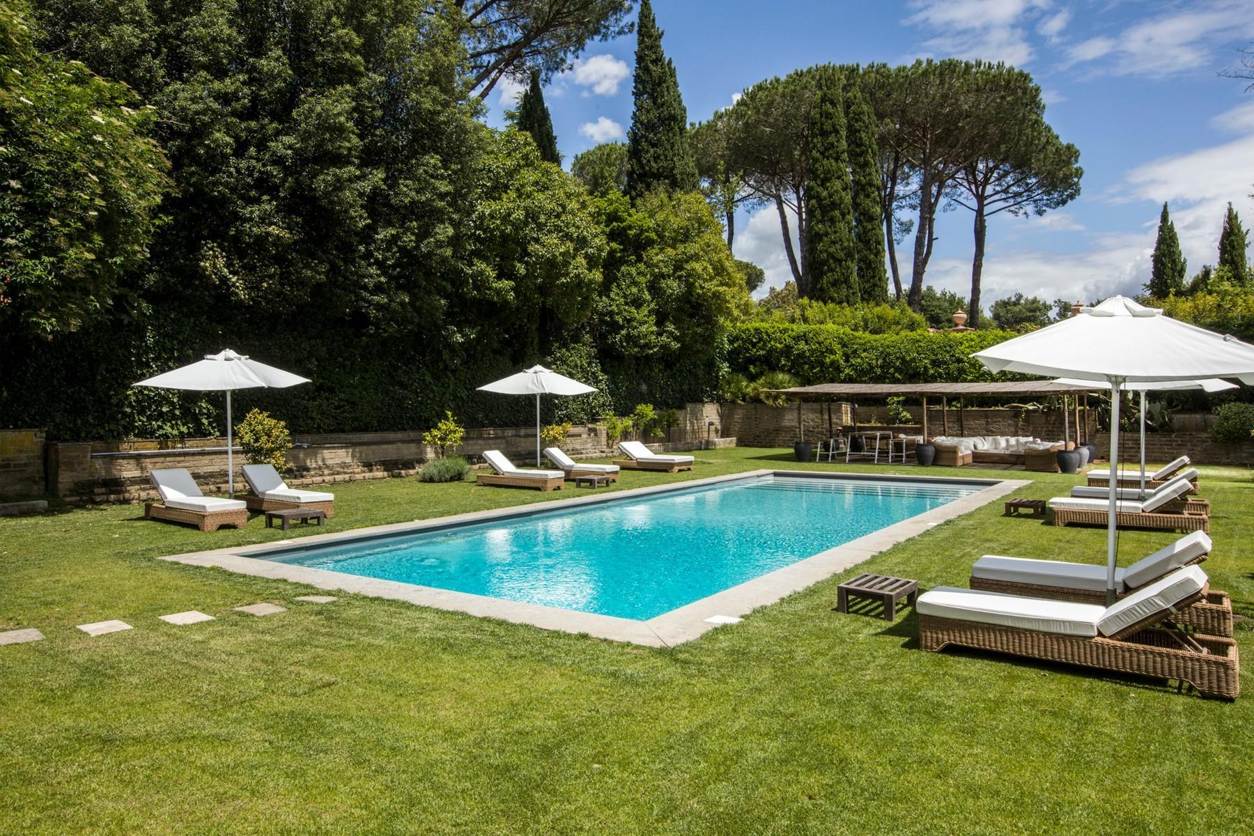 Villa design avec piscine dans le quartier Olgiata - 21