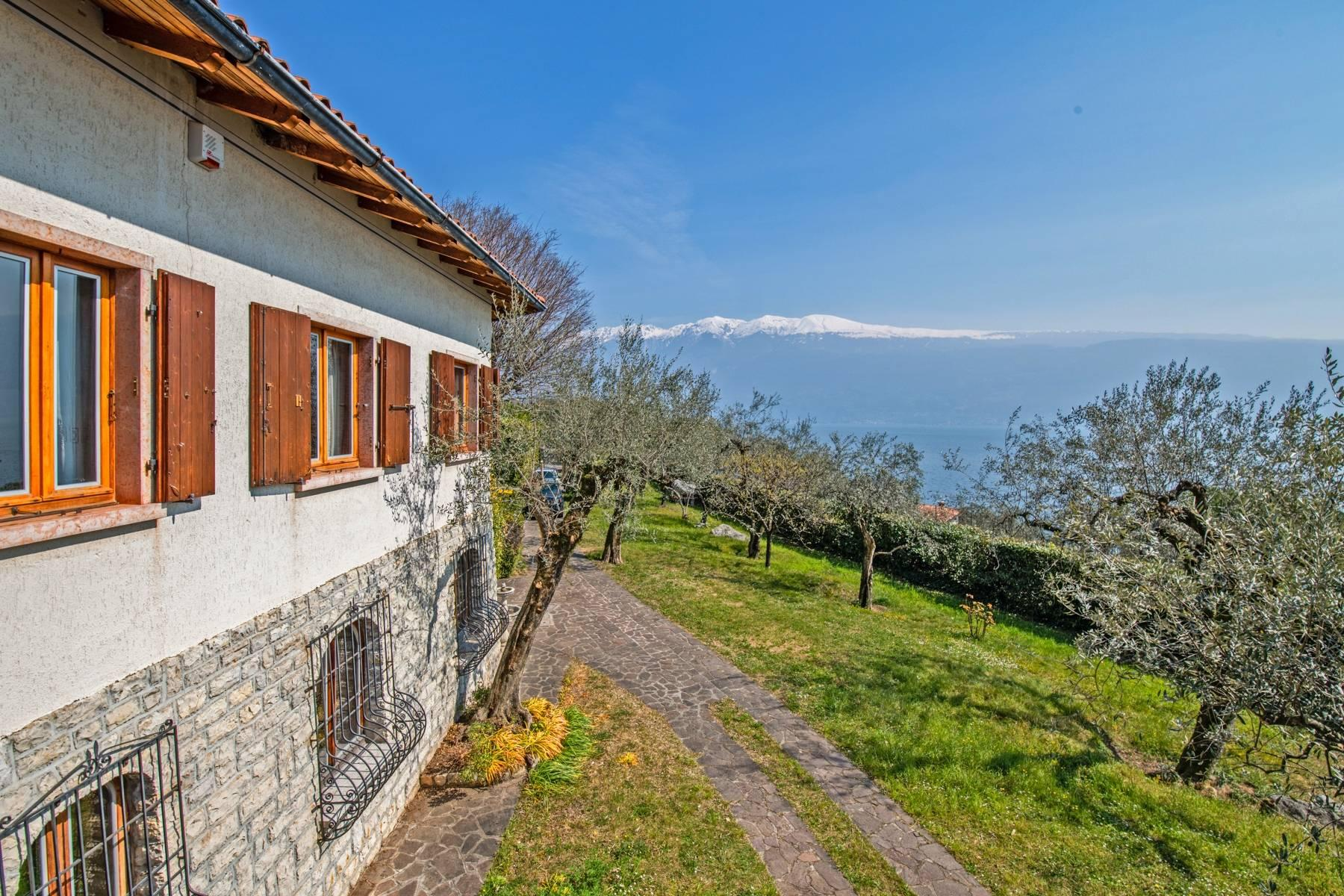 Villa with lake view in Gargnano surrounded by olive trees - 3