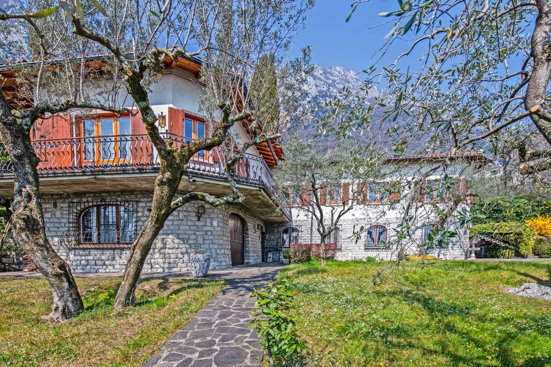 Villa in Gargnano inmitten der Olivenbäume vom Gardasee mit herrlichem Seeblick - 26
