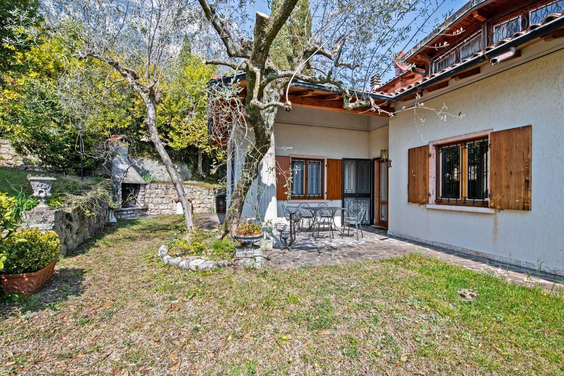 Villa in Gargnano inmitten der Olivenbäume vom Gardasee mit herrlichem Seeblick - 31