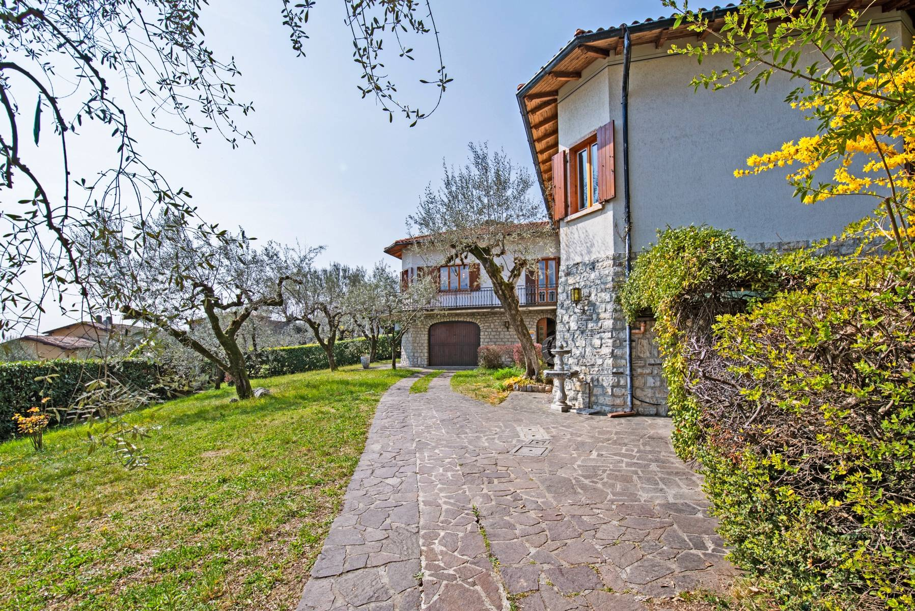 Villa with lake view in Gargnano surrounded by olive trees - 32