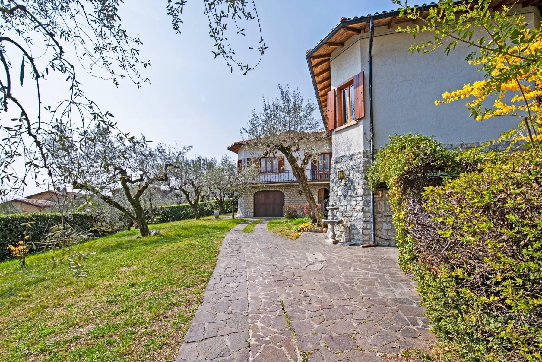 Villa in Gargnano inmitten der Olivenbäume vom Gardasee mit herrlichem Seeblick - 32