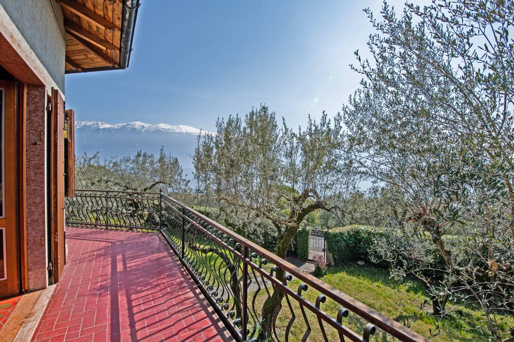Villa with lake view in Gargnano surrounded by olive trees - 25