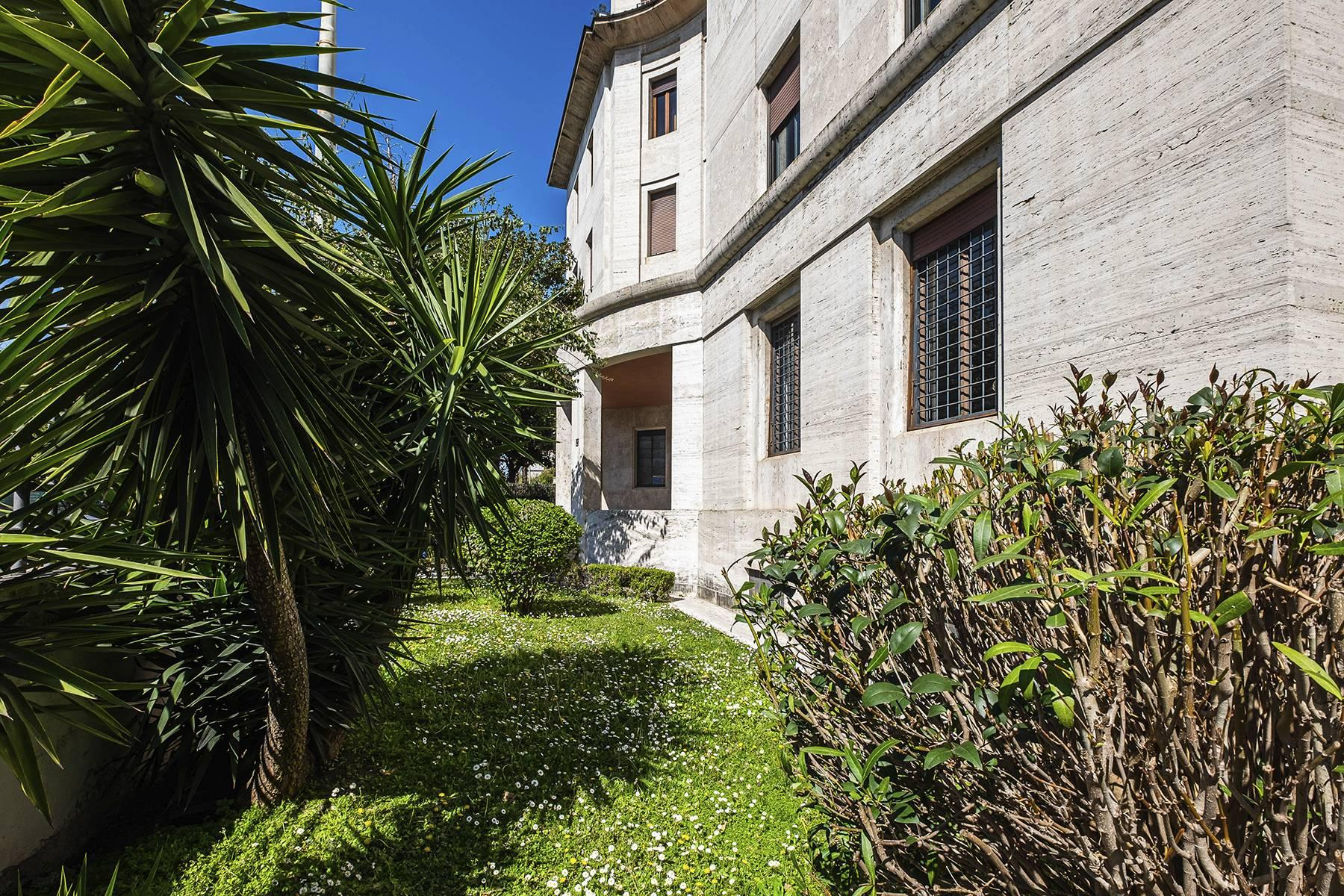 Spacious office in Flaminio district - 36