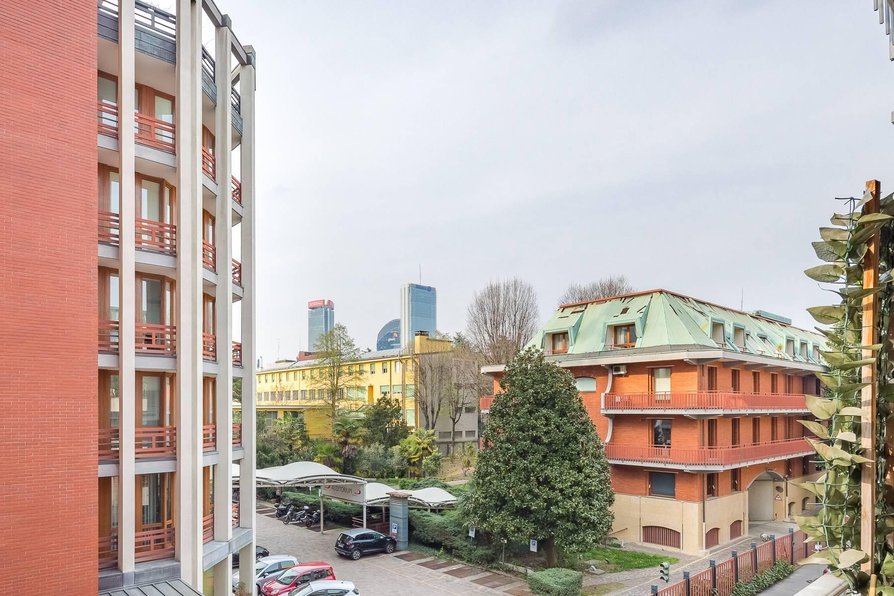 Bright apartment with terrace in a residential area - 22