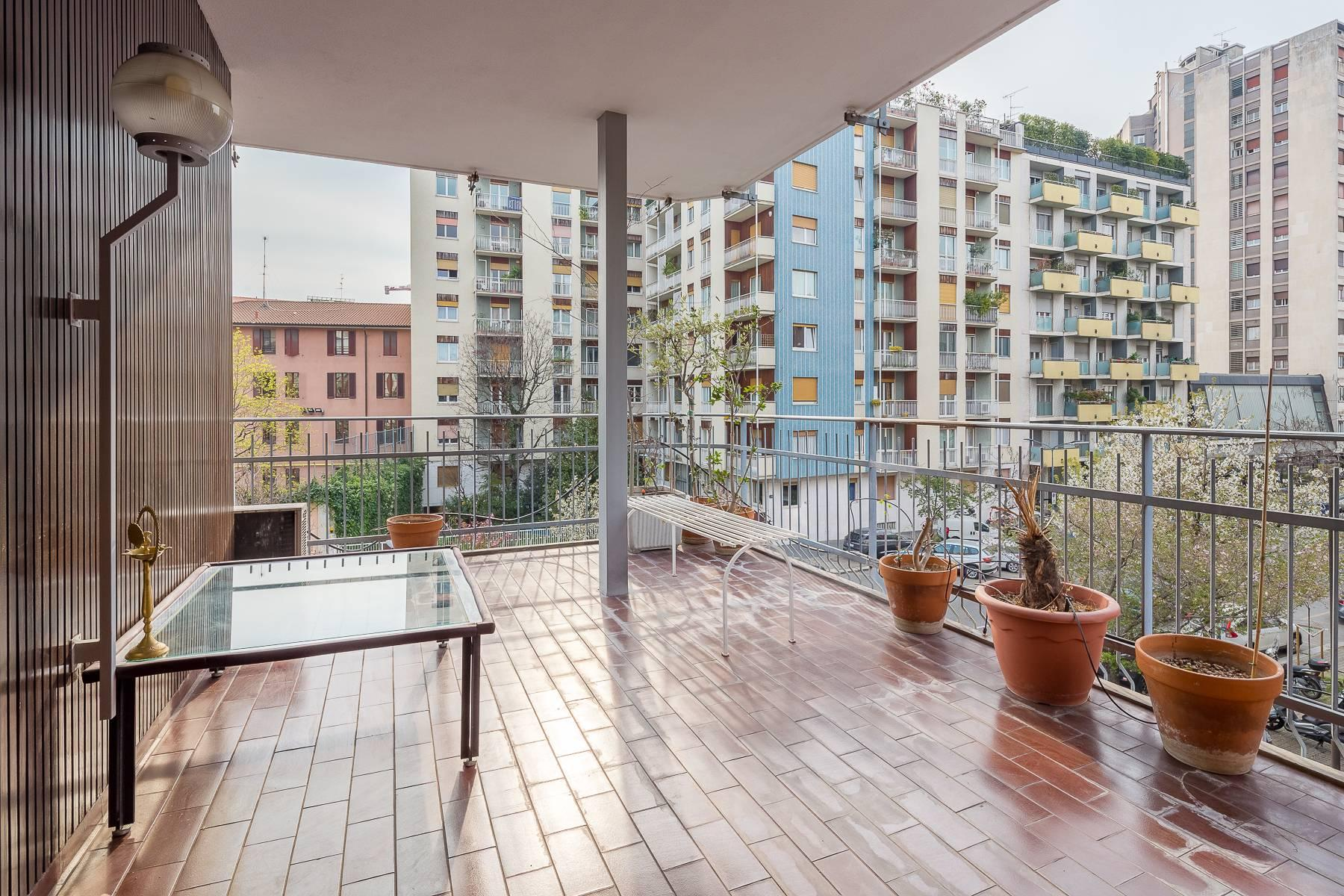 Bright apartment with terrace in a residential area - 9