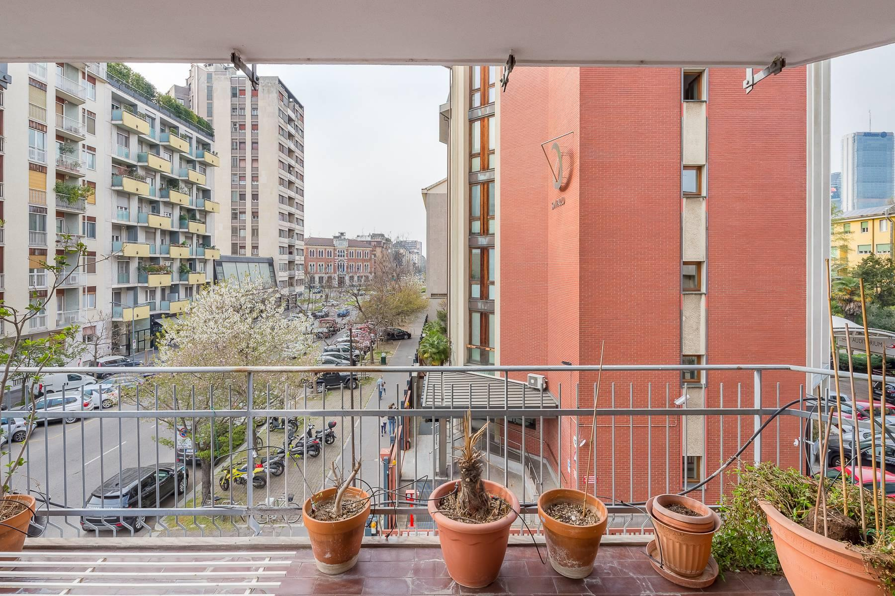 Bright apartment with terrace in a residential area - 25