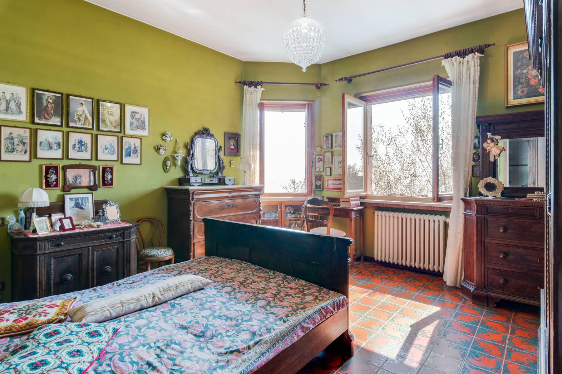 Villa in Gargnano inmitten der Olivenbäume vom Gardasee mit herrlichem Seeblick - 9